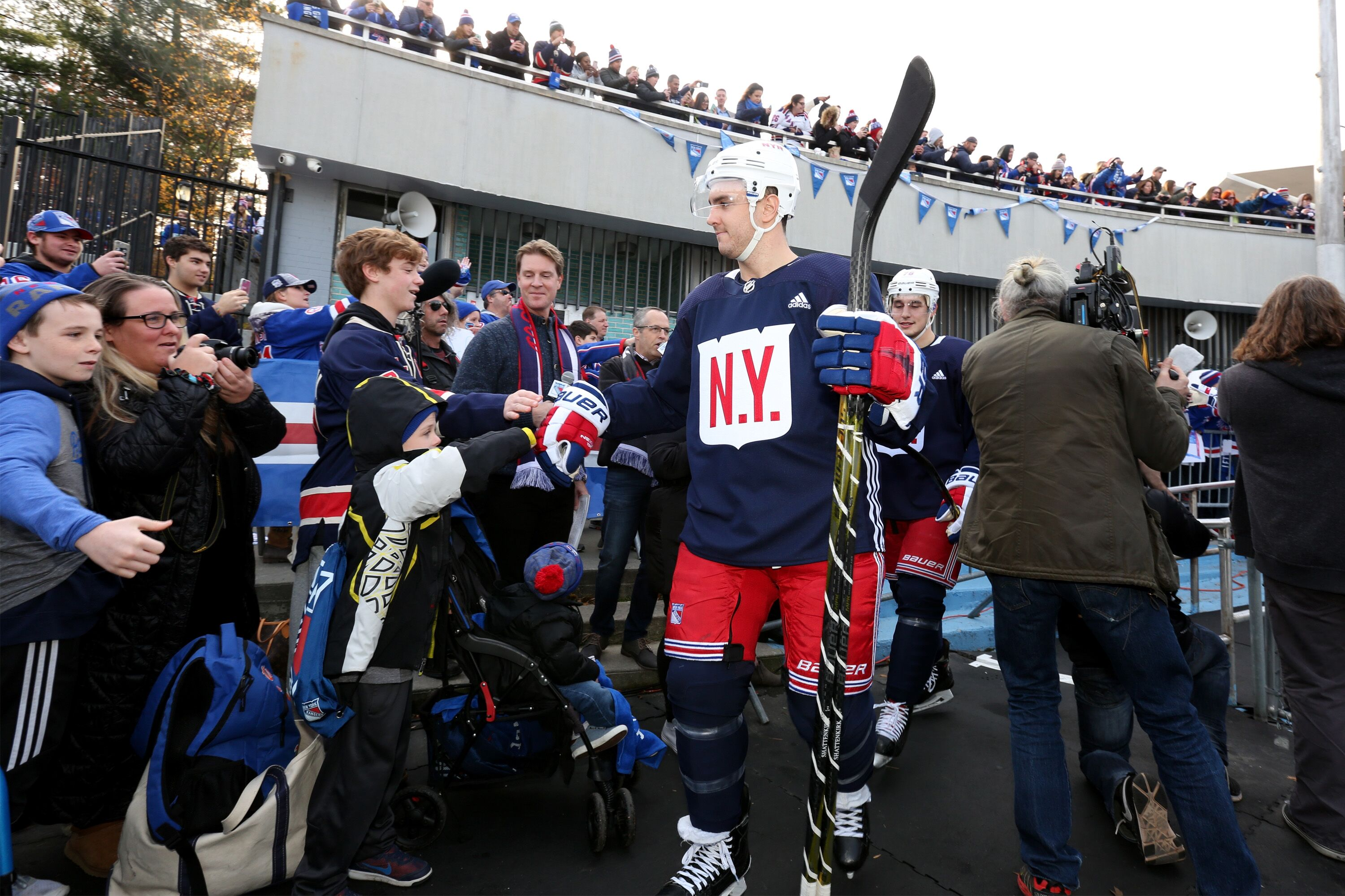 884542944-new-york-rangers-open-practice-and-youth-clinic-in-central-park.jpg