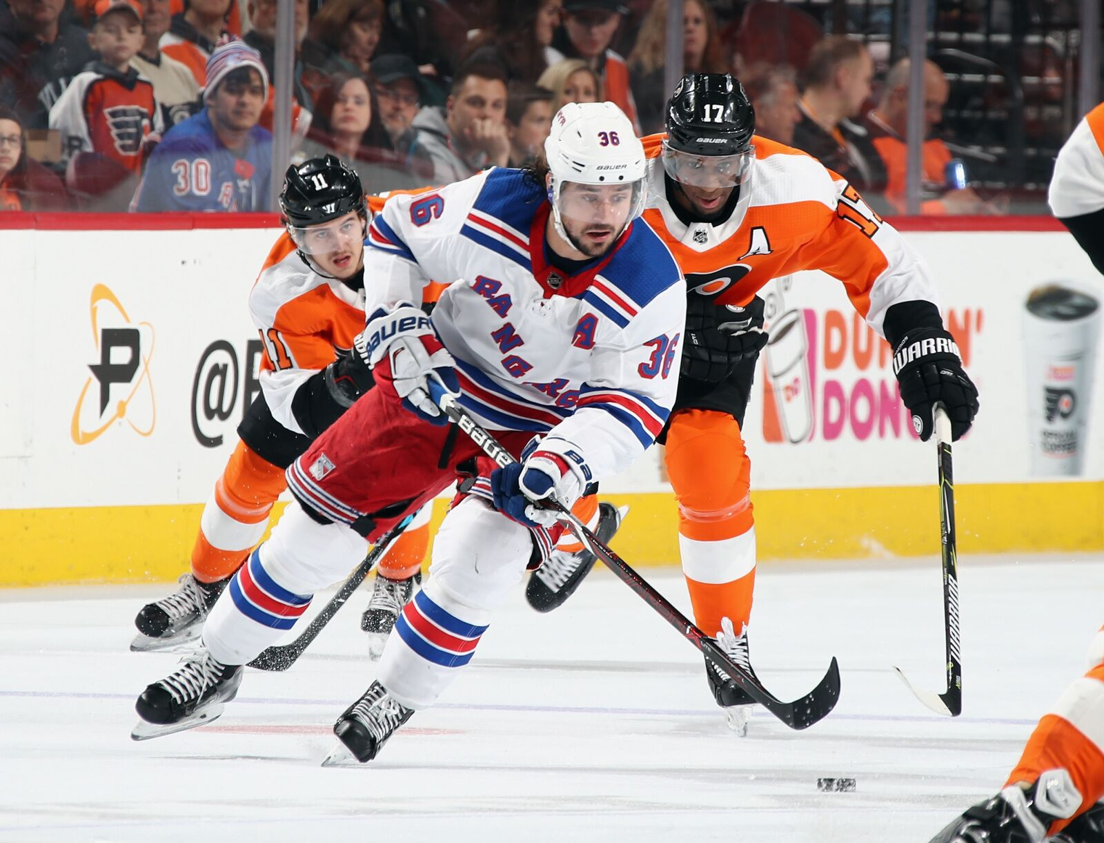 943405992-new-york-rangers-v-philadelphia-flyers.jpg