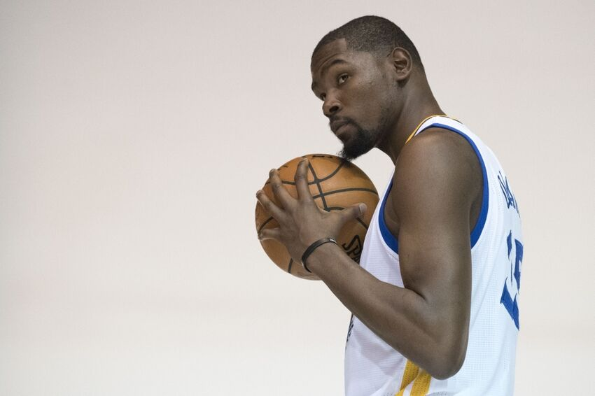 Kevin Durant mysteriously deletes Instagram account