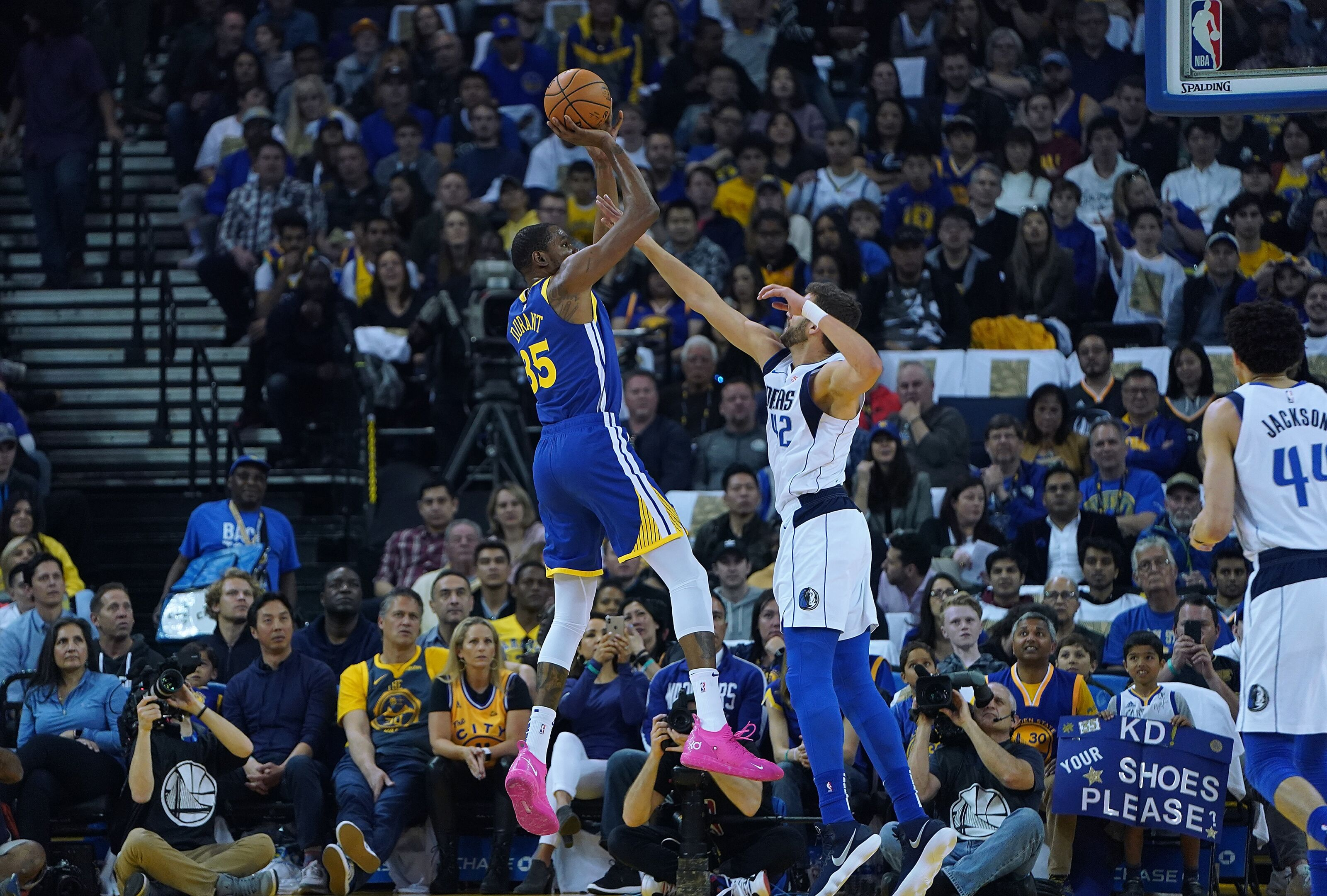Golden State Warriors show one major weakness in 35-point loss to Mavericks