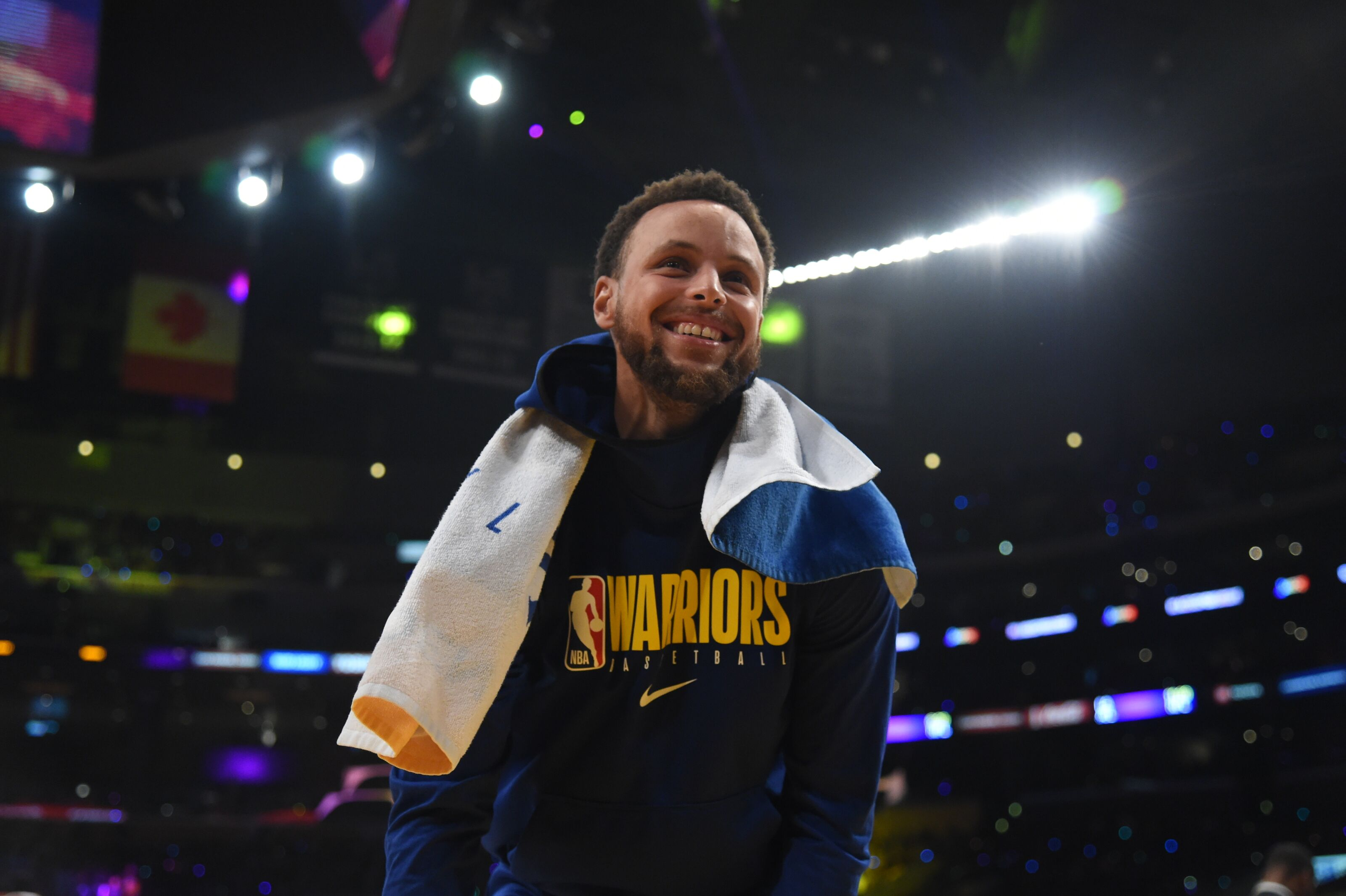 Golden State Warriors: Stephen Curry shines in NBA GM Survey