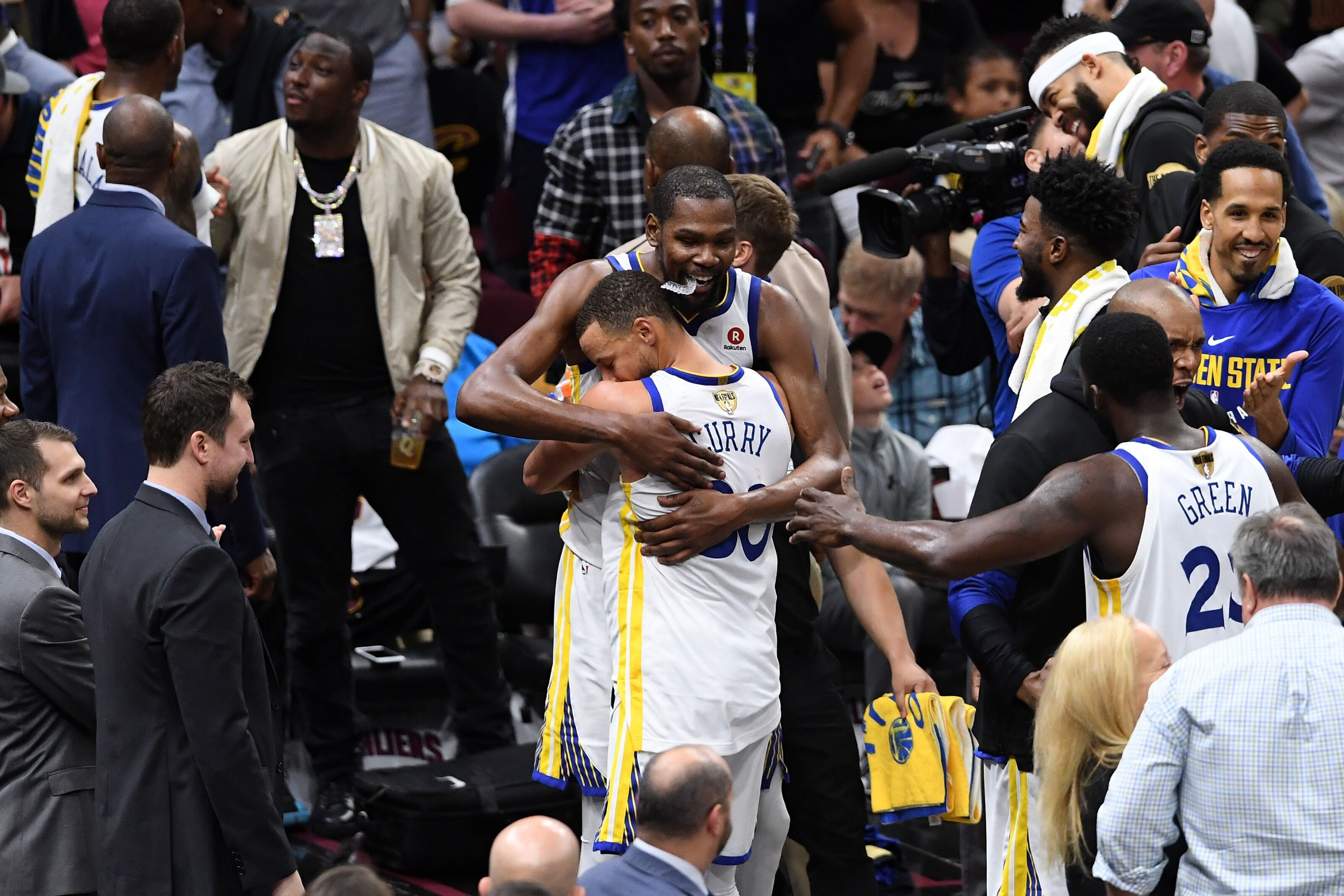 4b6c3f8eec69b Golden State Warriors  BACK TO BACK TITLES! DYNASTY!!!