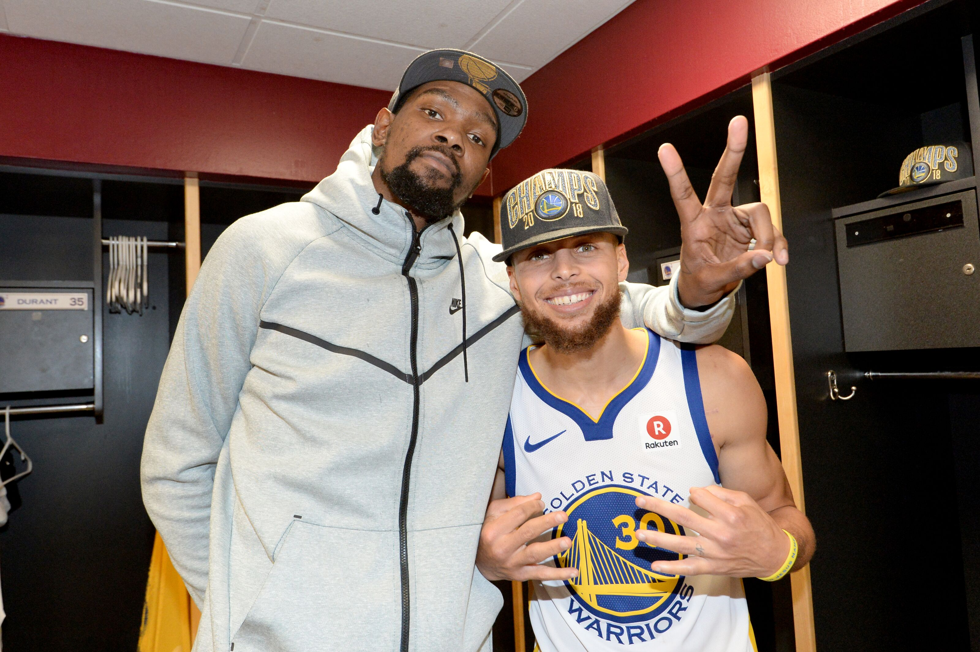 142468f29cf Golden State Warriors Roundtable  Should Steph have won Finals MVP