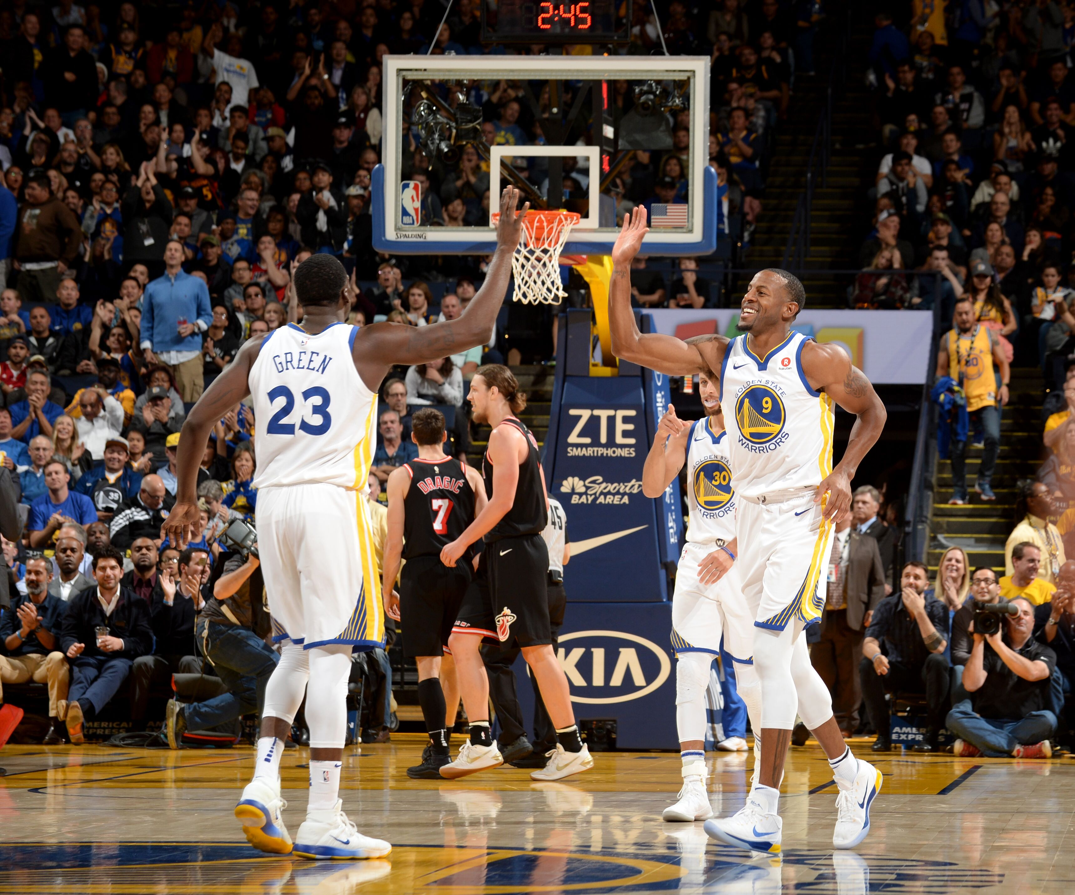 save off 0b153 c5866 Golden State Warriors: Top-3 performers from win vs. Miami Heat