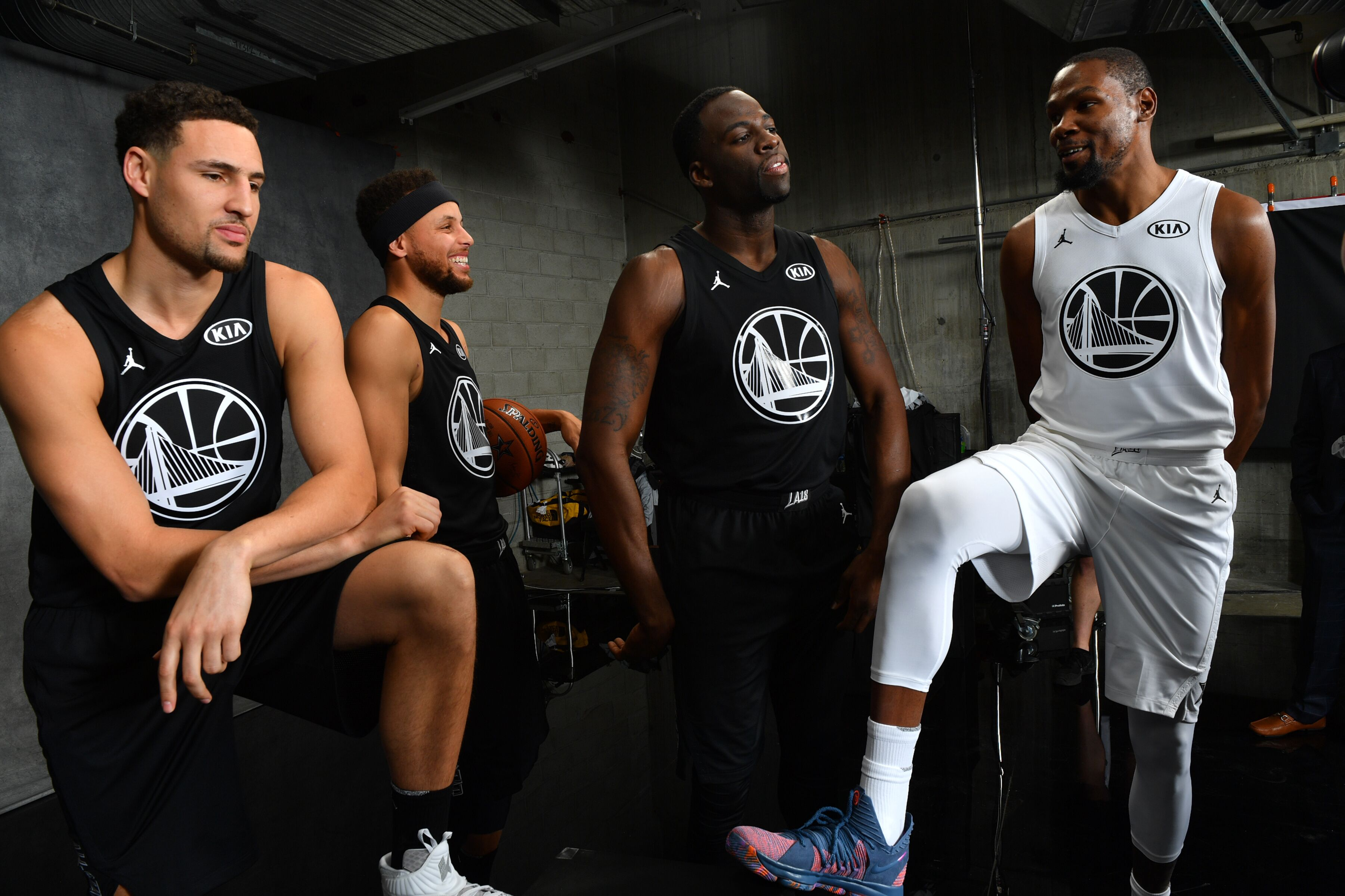 new product 4be10 45c2c Team LeBron Tops Team Steph in NBA All-Star Game