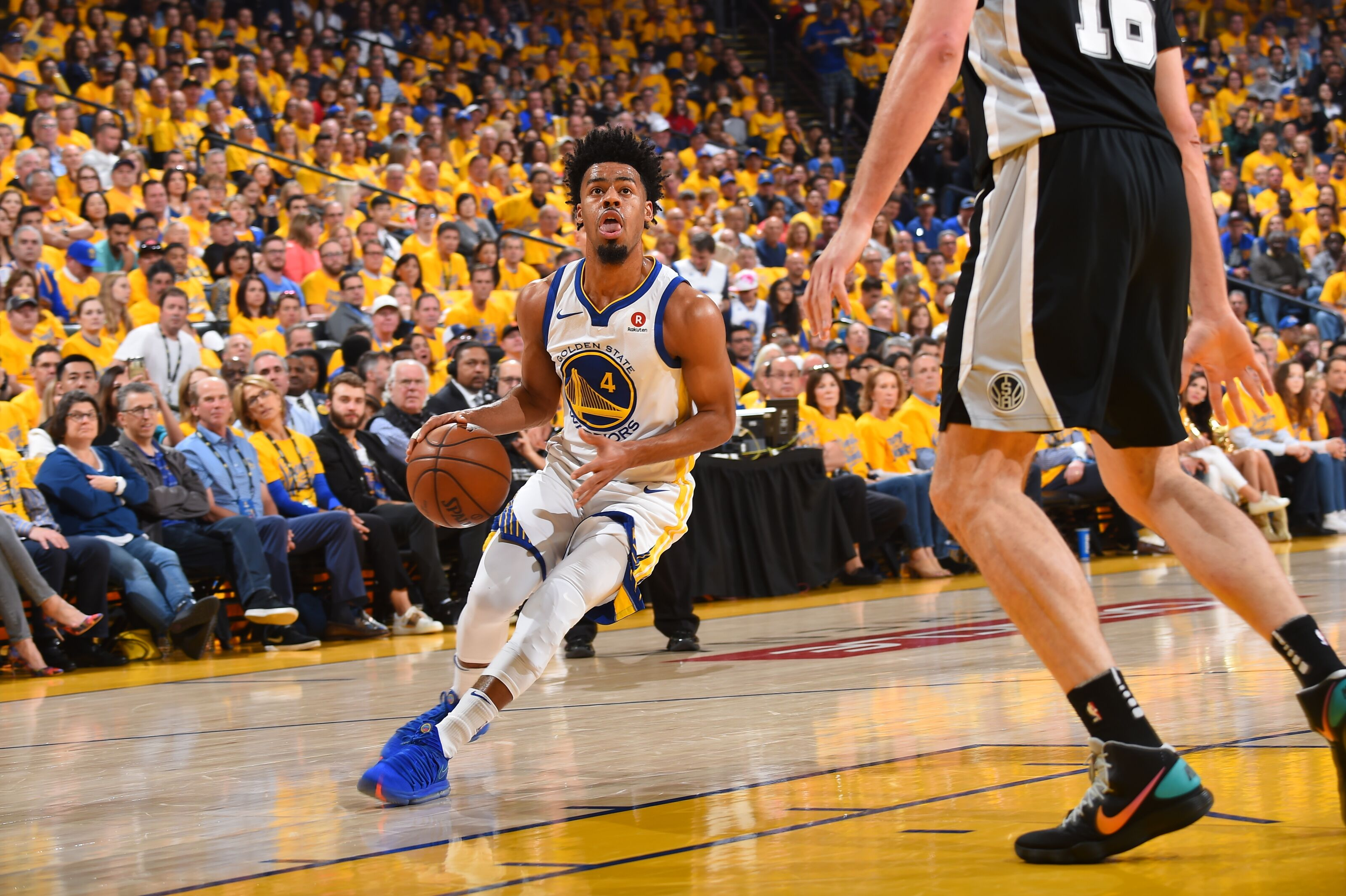 946288840-san-antonio-spurs-v-golden-state-warriors-game-one.jpg