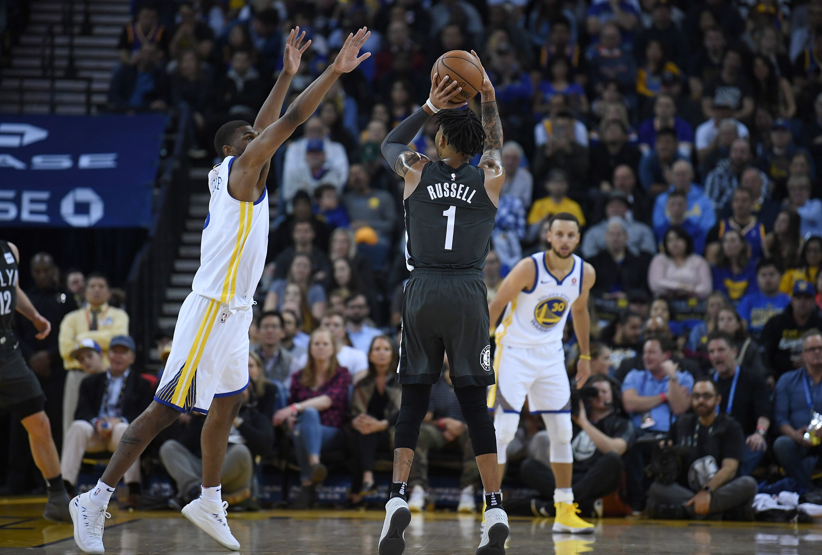 Warriors: D'Angelo Russell's catch and shoot percentage is an X-Factor