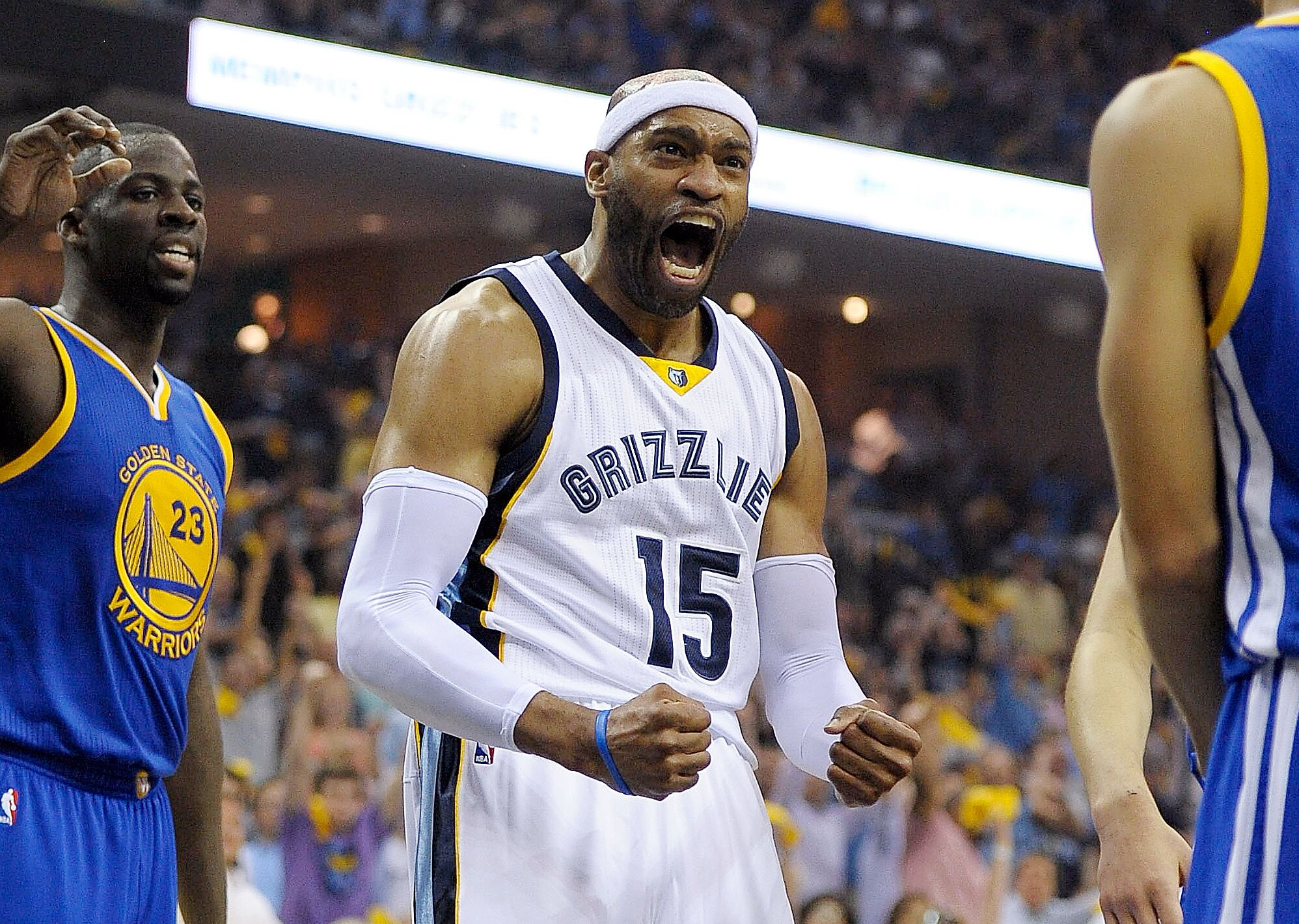 pretty nice 6698d 661ff Golden State Warriors: 5 reasons why Vince Carter should ...