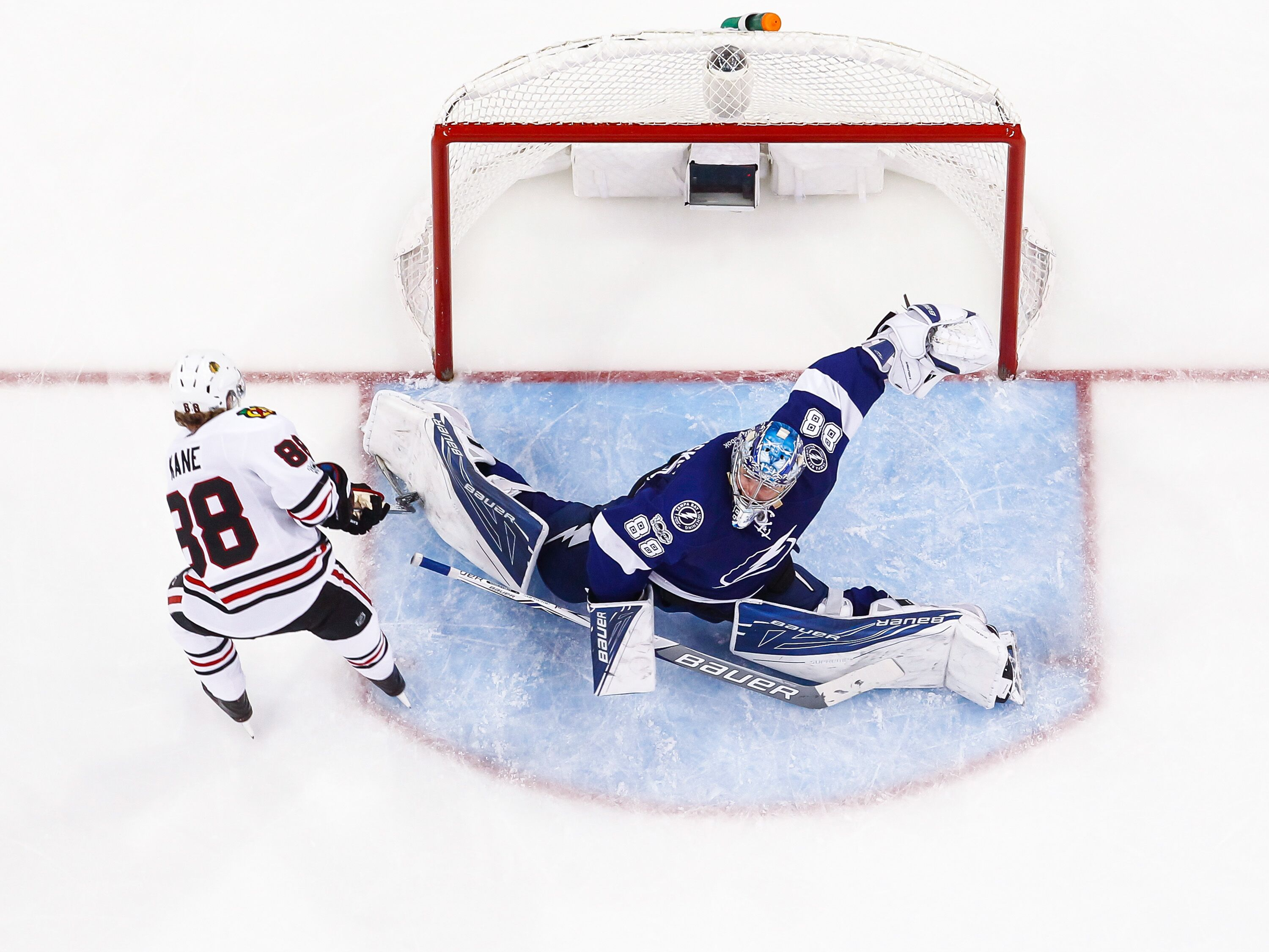 658566500-chicago-blackhawks-v-tampa-bay-lightning.jpg
