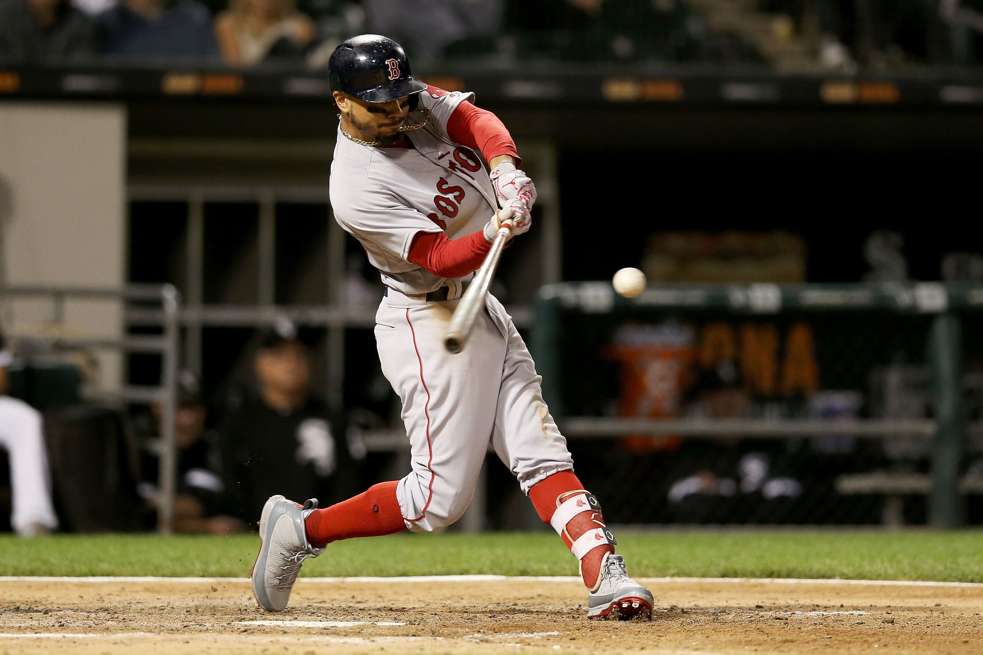 5f66e3c66 Boston Red Sox snap four-game slide thanks to a little luck