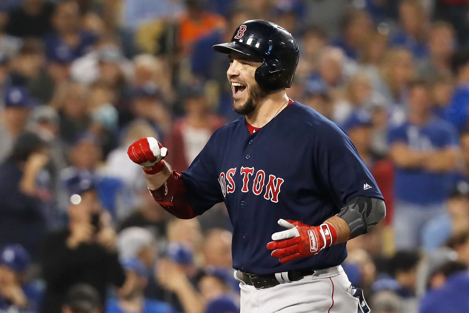 Red Sox re-sign first basemen Steve Pearce to one-year deal