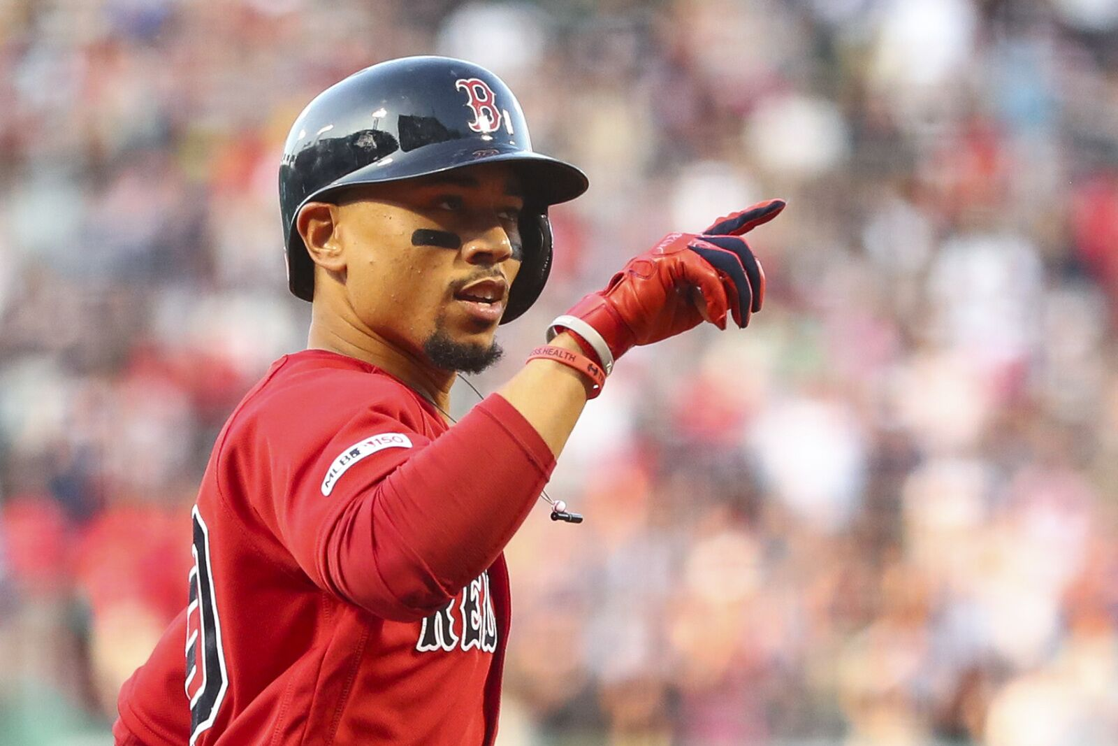 Red Sox: It's time for Boston to pull the trigger on trading Mookie Betts