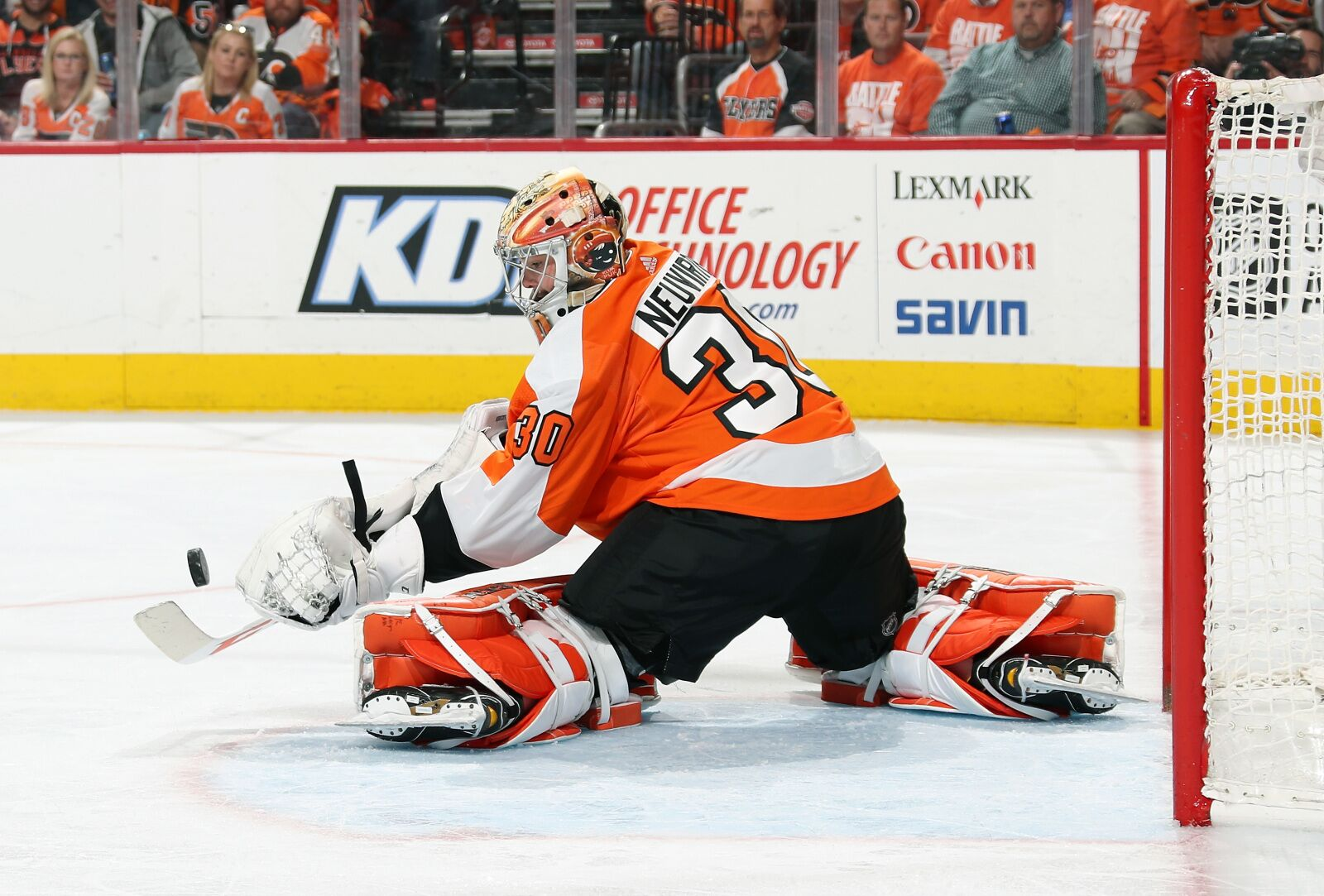 Michal Neuvirth will start for Philadelphia Flyers vs Islanders