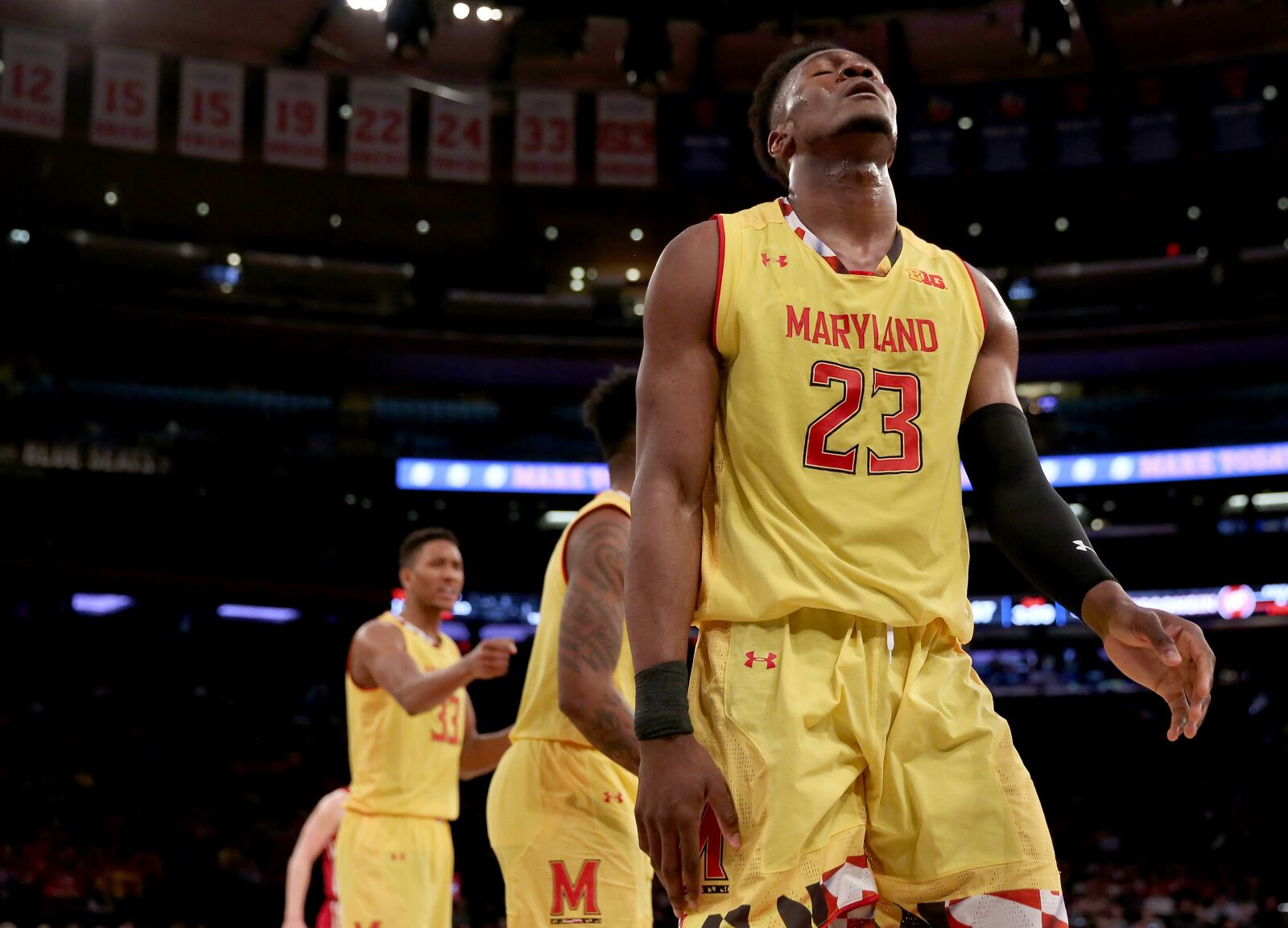 NCAA Tournament 2019: Buy or sell Iowa State, Villanova, Buffalo and Maryland?