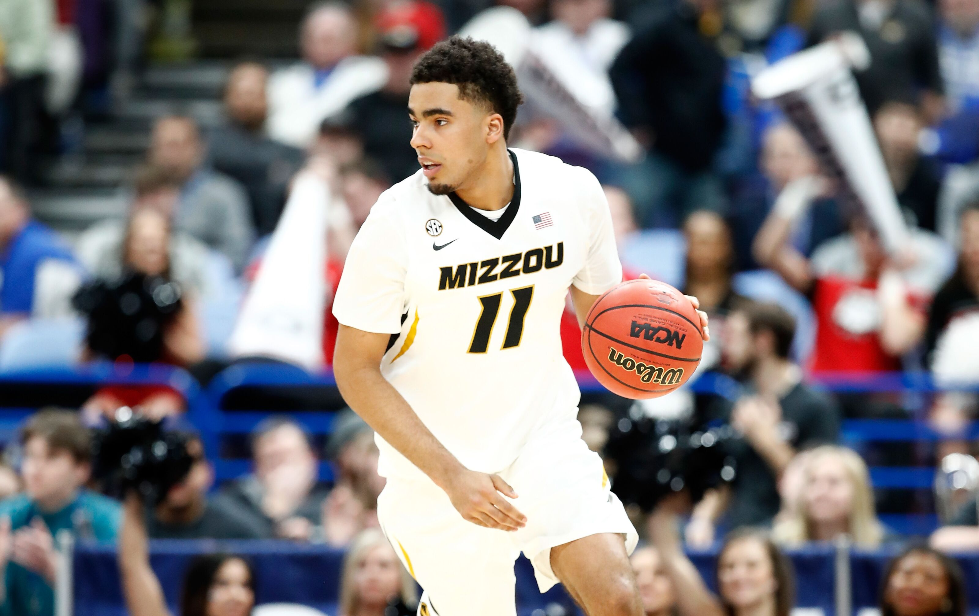 1a9278fee73 Missouri Basketball  Jontay Porter emerging as a do-it-all star for 2018-19