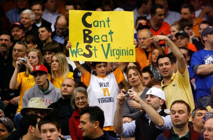 Ncaa Basketball 17 Annoying Types Of Fans Everyone Encounters Page 15