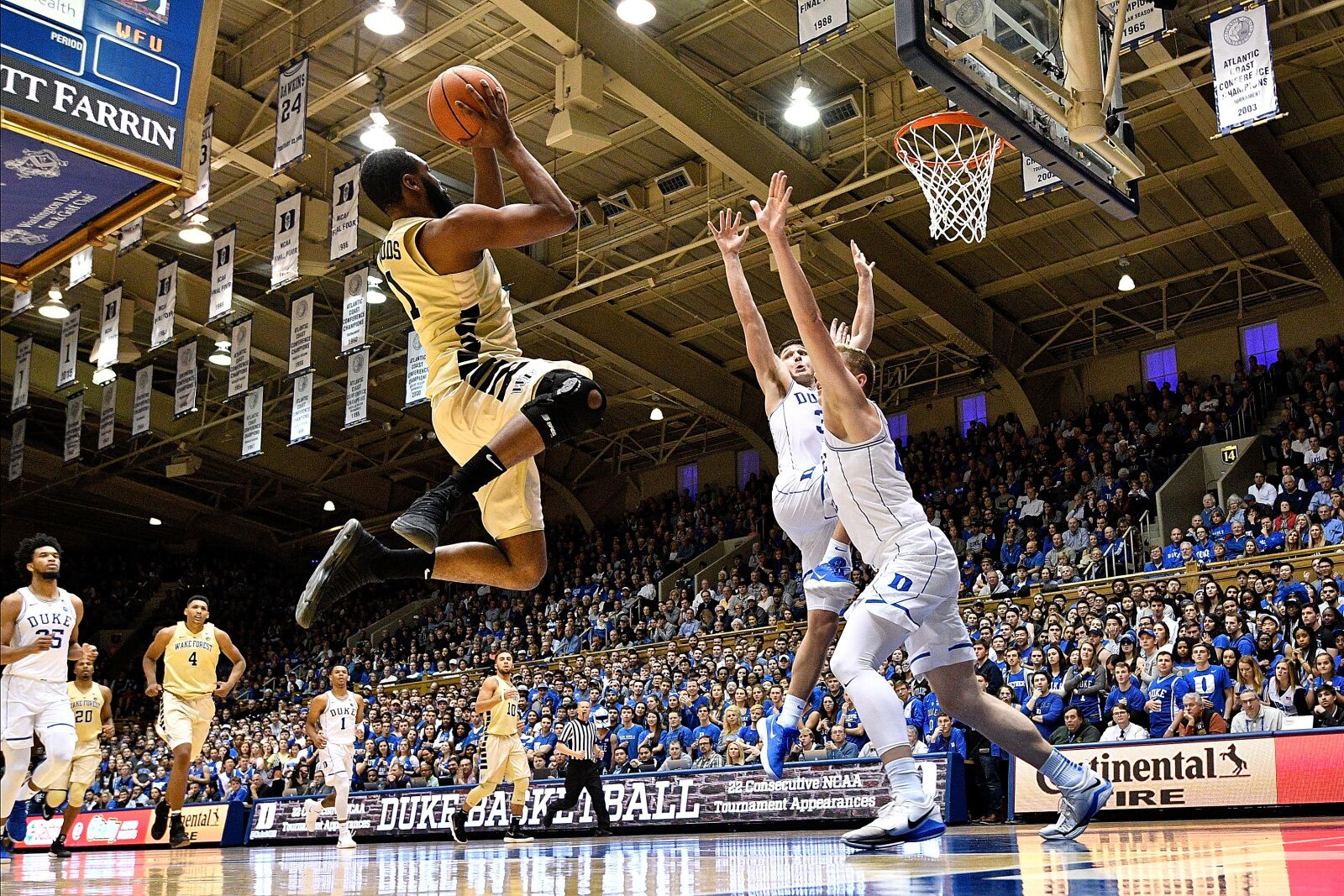 904551826-wake-forest-v-duke.jpg
