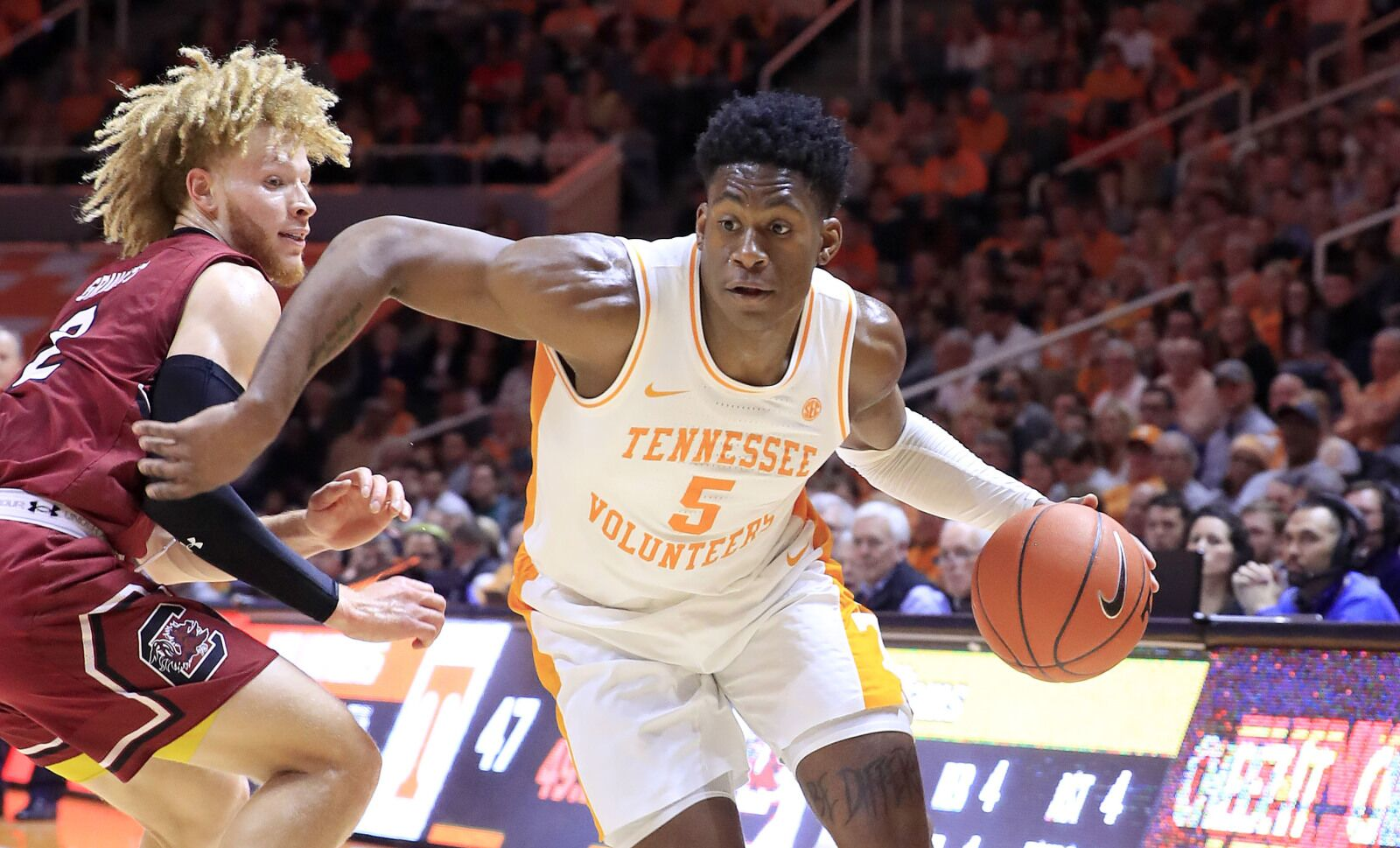 Tennessee vs. Kentucky: 2018-19 college basketball game preview, TV schedule