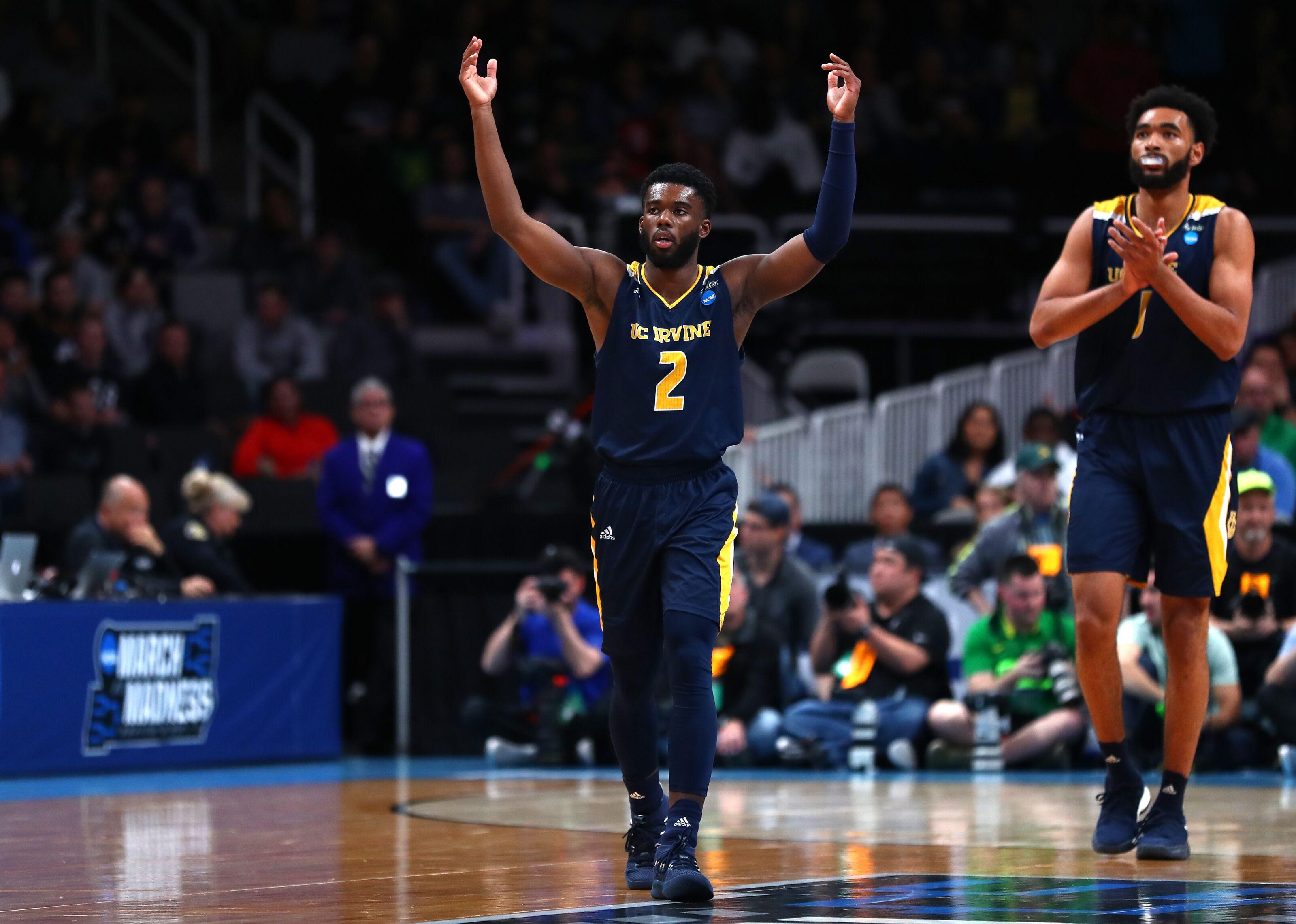 NCAA Basketball: Graduate transfer Max Hazzard down to seven schools