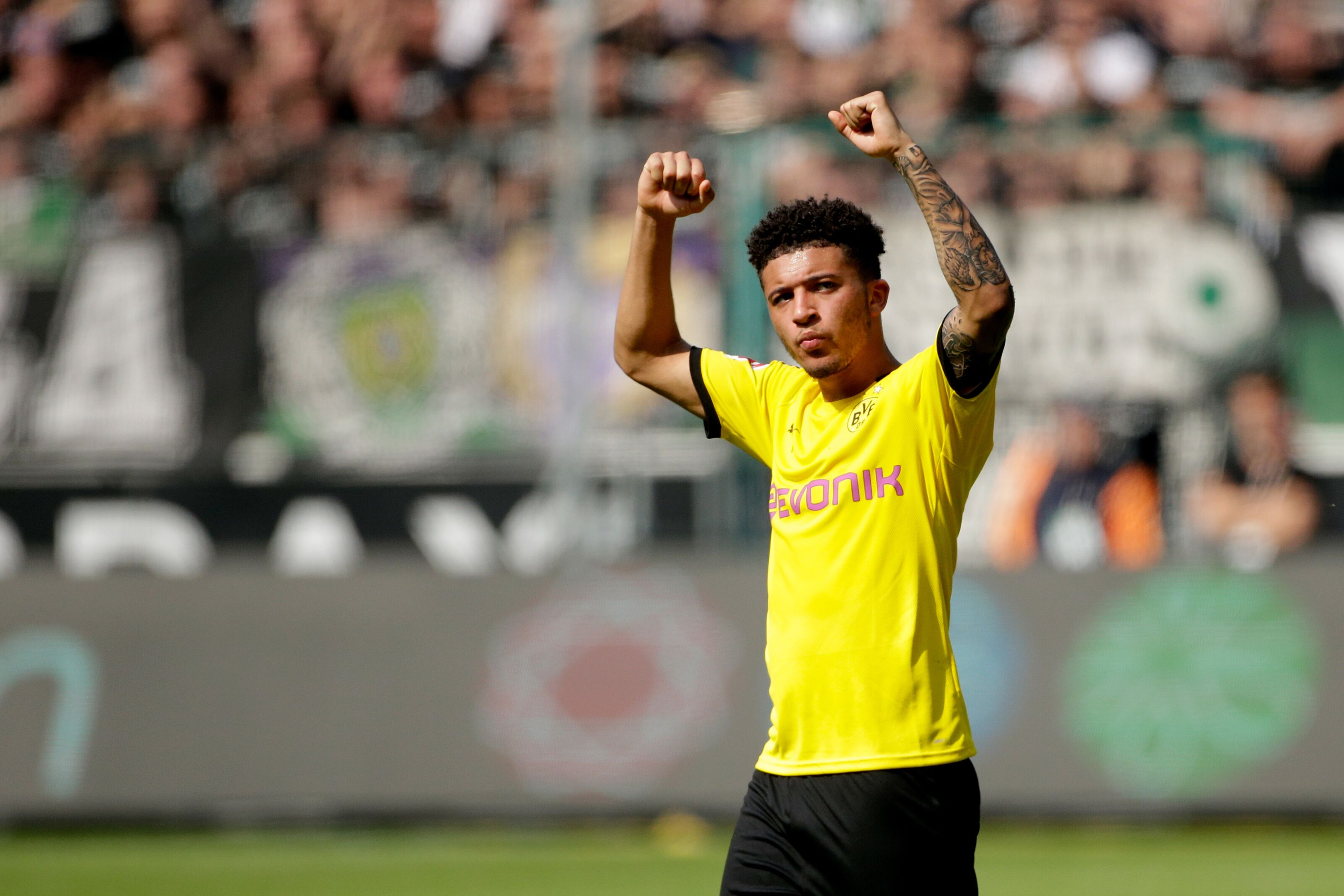 Jadon Sancho sets his sights on winning the Bundesliga title with Borussia Dortmund next season