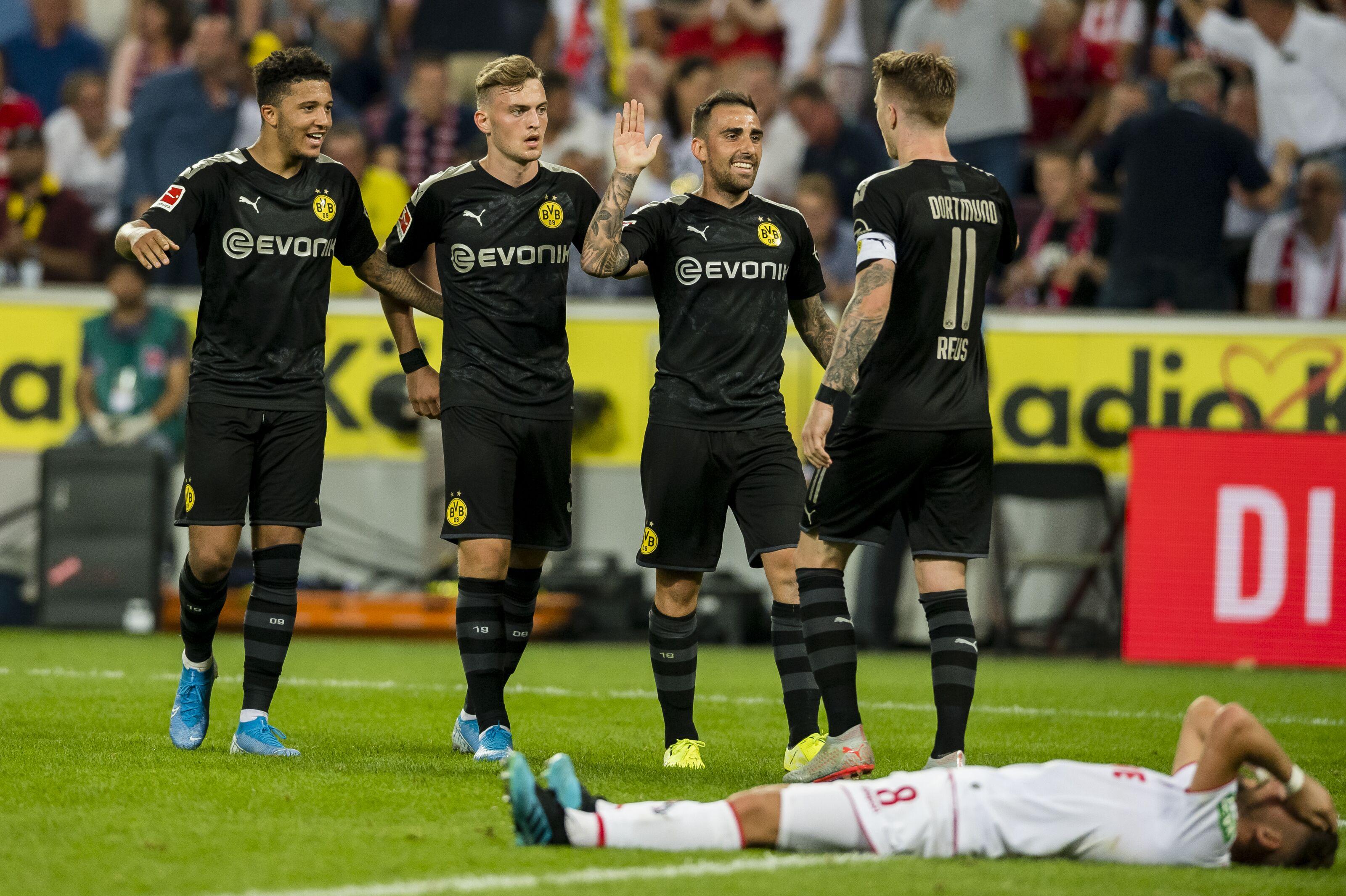 Bundesliga Roundup: Borussia Dortmund continue winning run, Bayern thrash Schalke