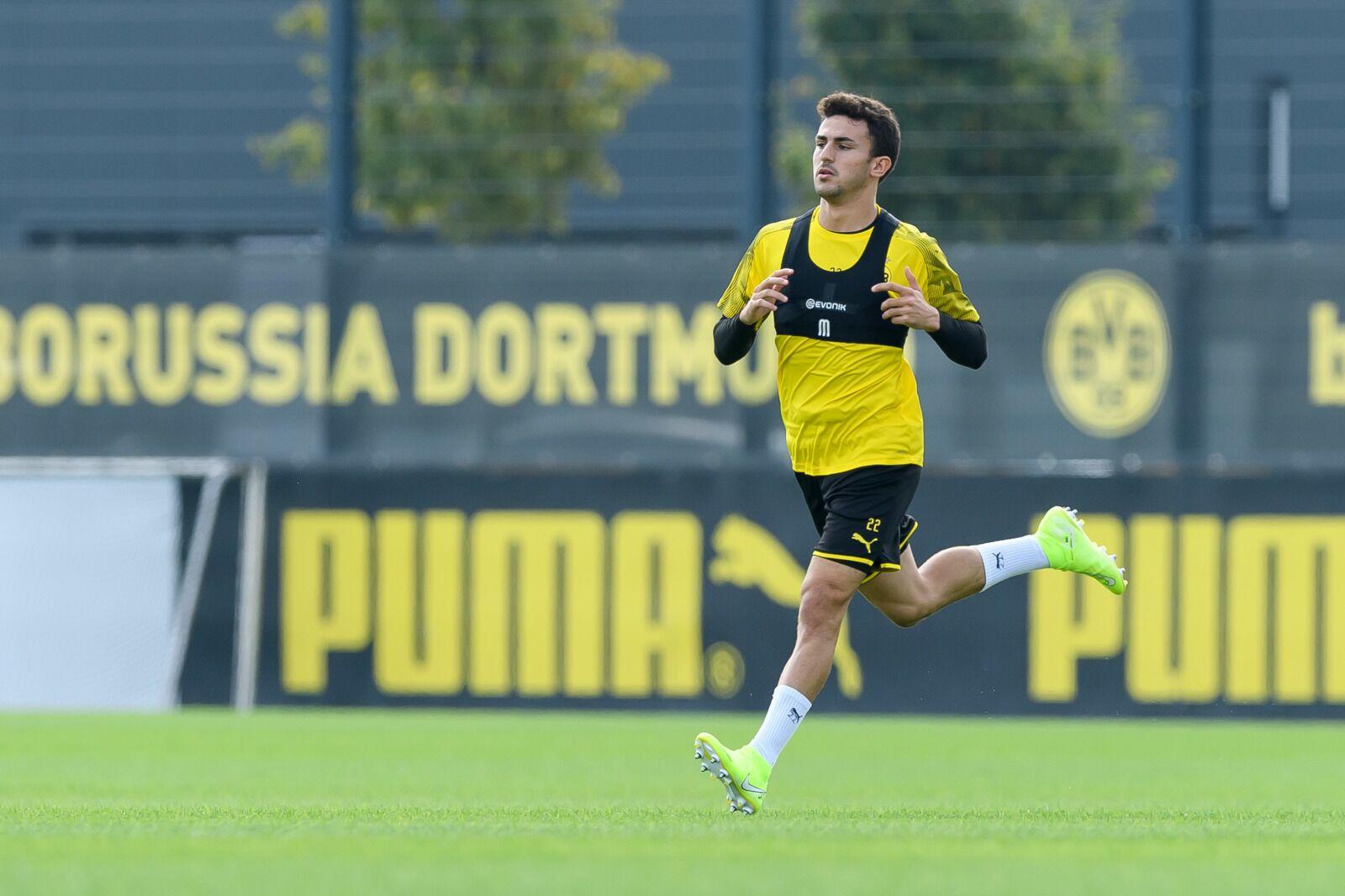 Mateu Morey reveals why he rejected Bayern Munich in favour of Borussia Dortmund move