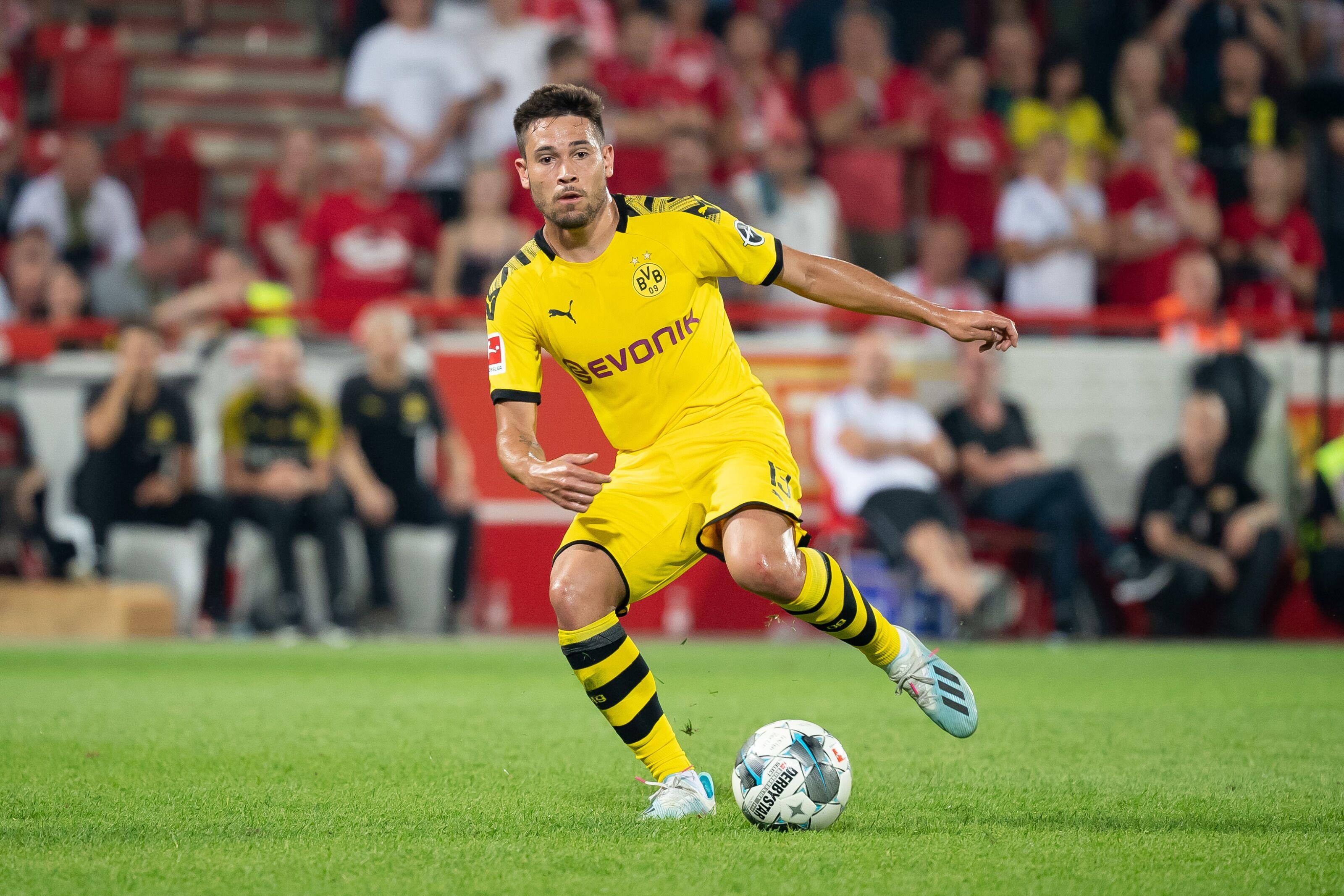 Transfer deadline day roundup: Raphael Guerreiro set for new Borussia Dortmund contract, Marius Wolf to join Hertha Berlin