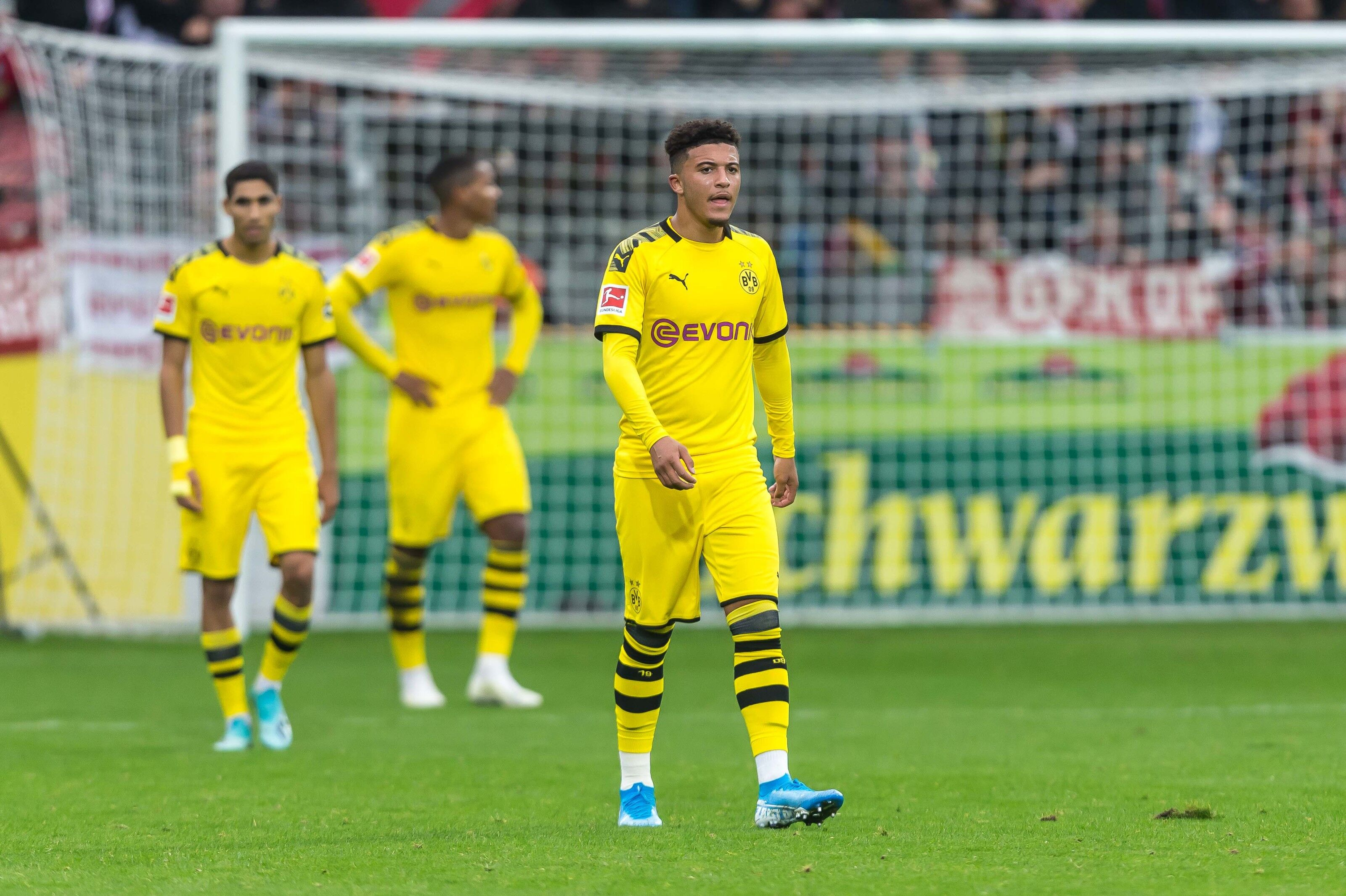 Bundesliga roundup: Borussia Dortmund drop points again with another 2-2 draw