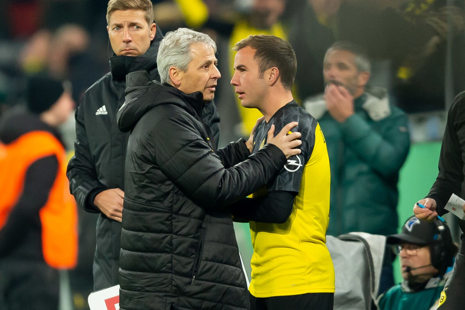 Rumour: Mario Götze will leave Borussia Dortmund if Lucien Favre stays as head coach