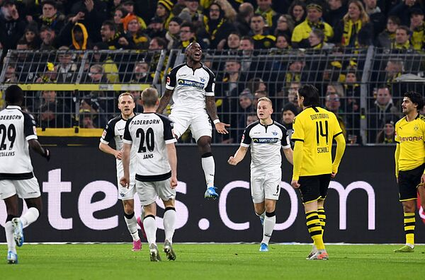 Late Marco Reus Equaliser Saves Toothless Borussia Dortmund