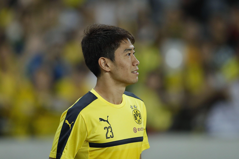Midfielder Shinji Kagawa Extends Dortmund Stay Until 2020
