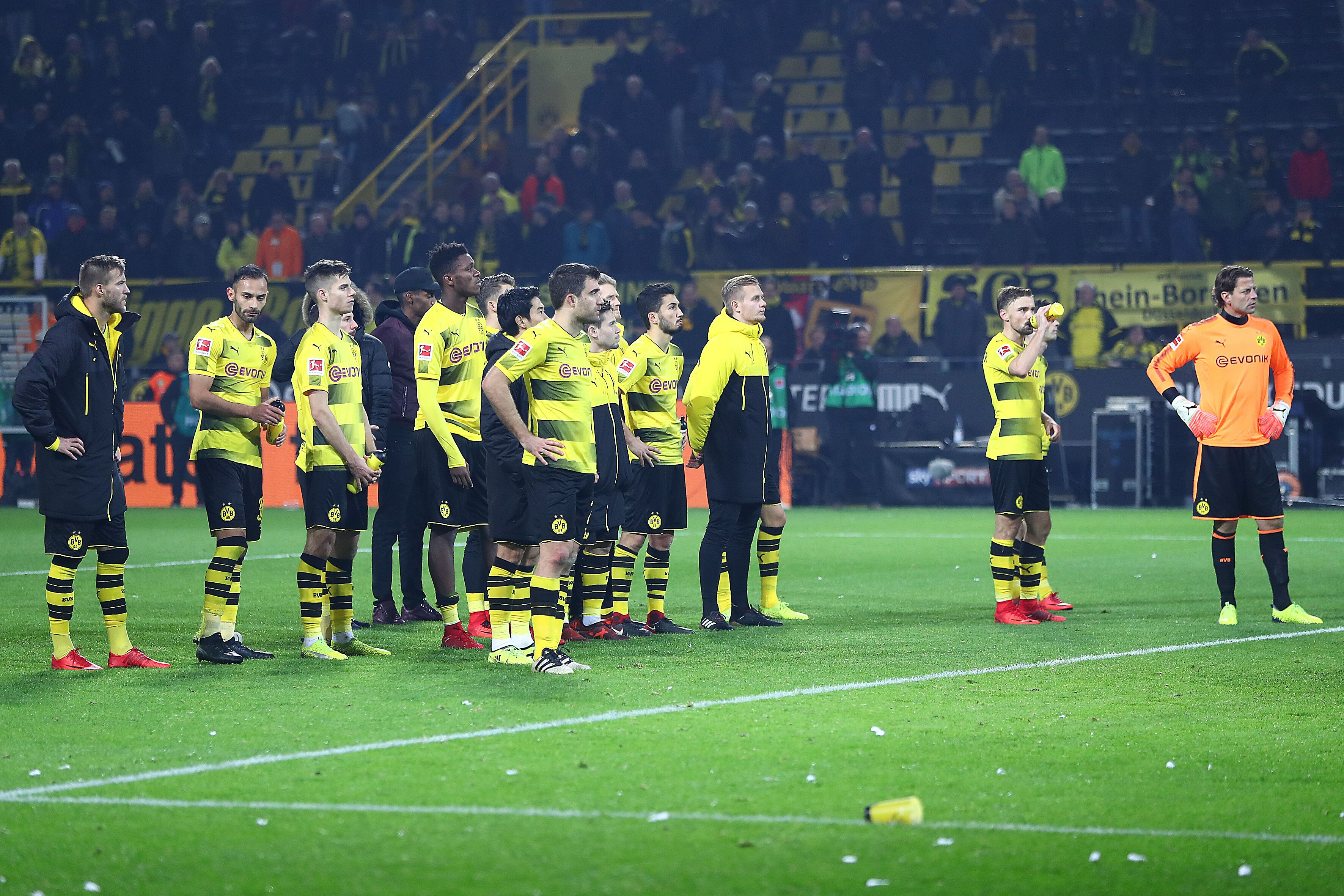 borussia dortmund player ratings from disastrous choke against schalke. Black Bedroom Furniture Sets. Home Design Ideas