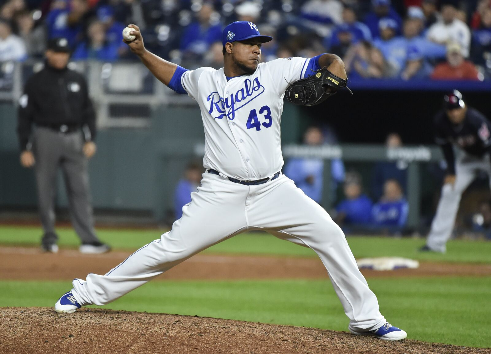 Kansas City Royals not committing to bullpen roles just yet