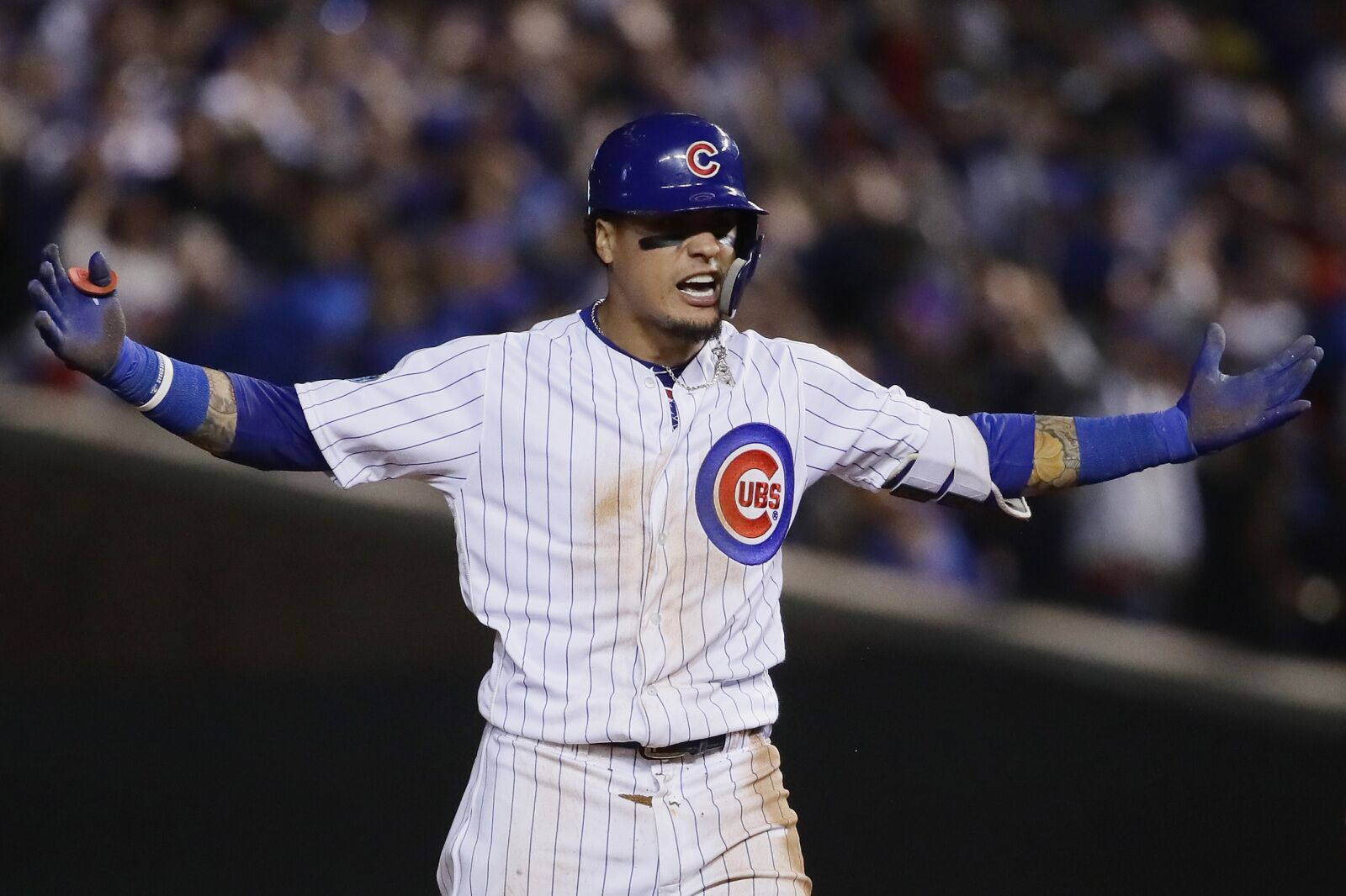 Chicago Cubs: Javier Baez, Kris Bryant, and five others avoid arbitration