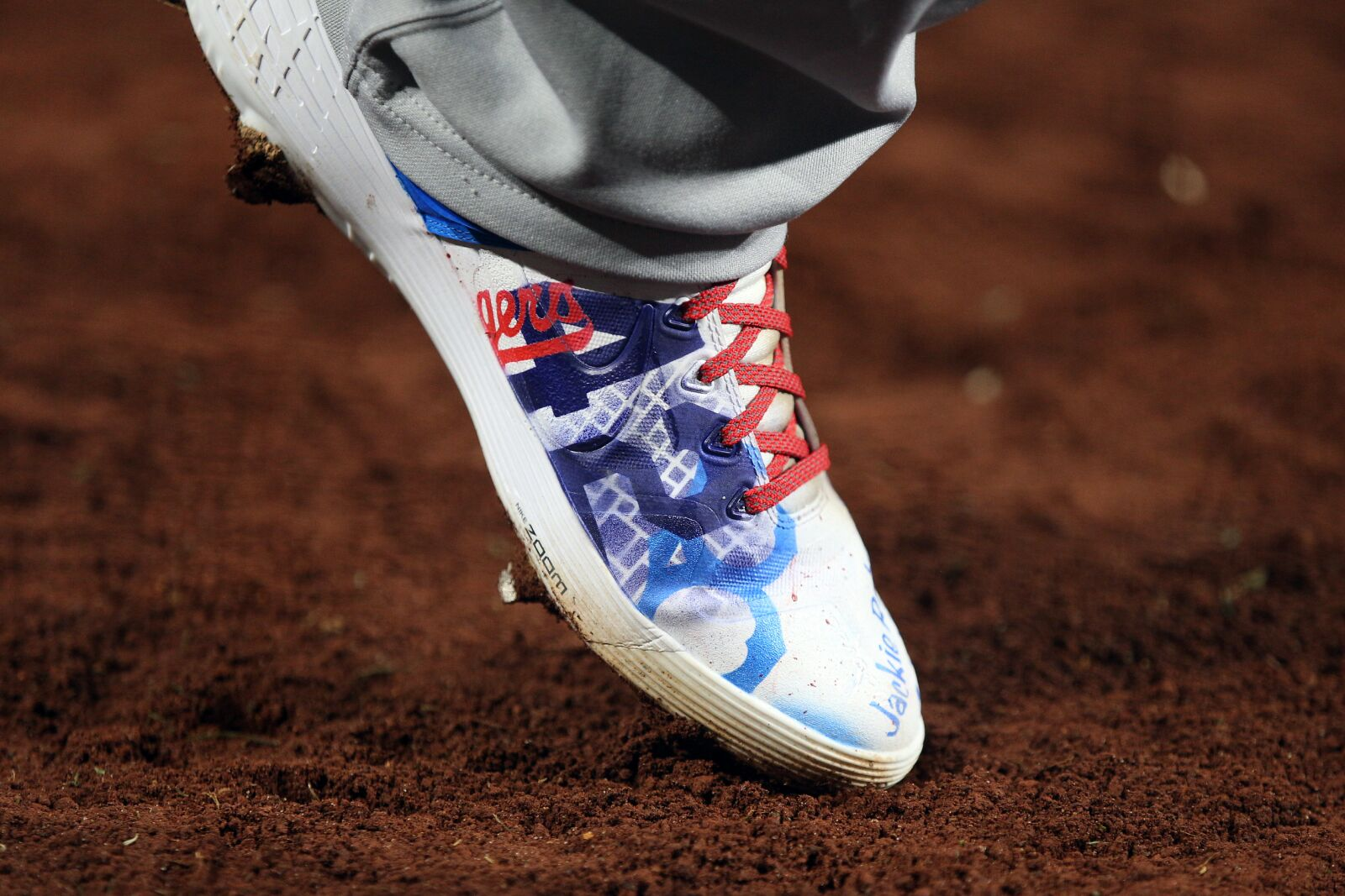 b551044d7 MLB Players Wear '42' on Their Cleats to Pay Tribute to Jackie Robinson