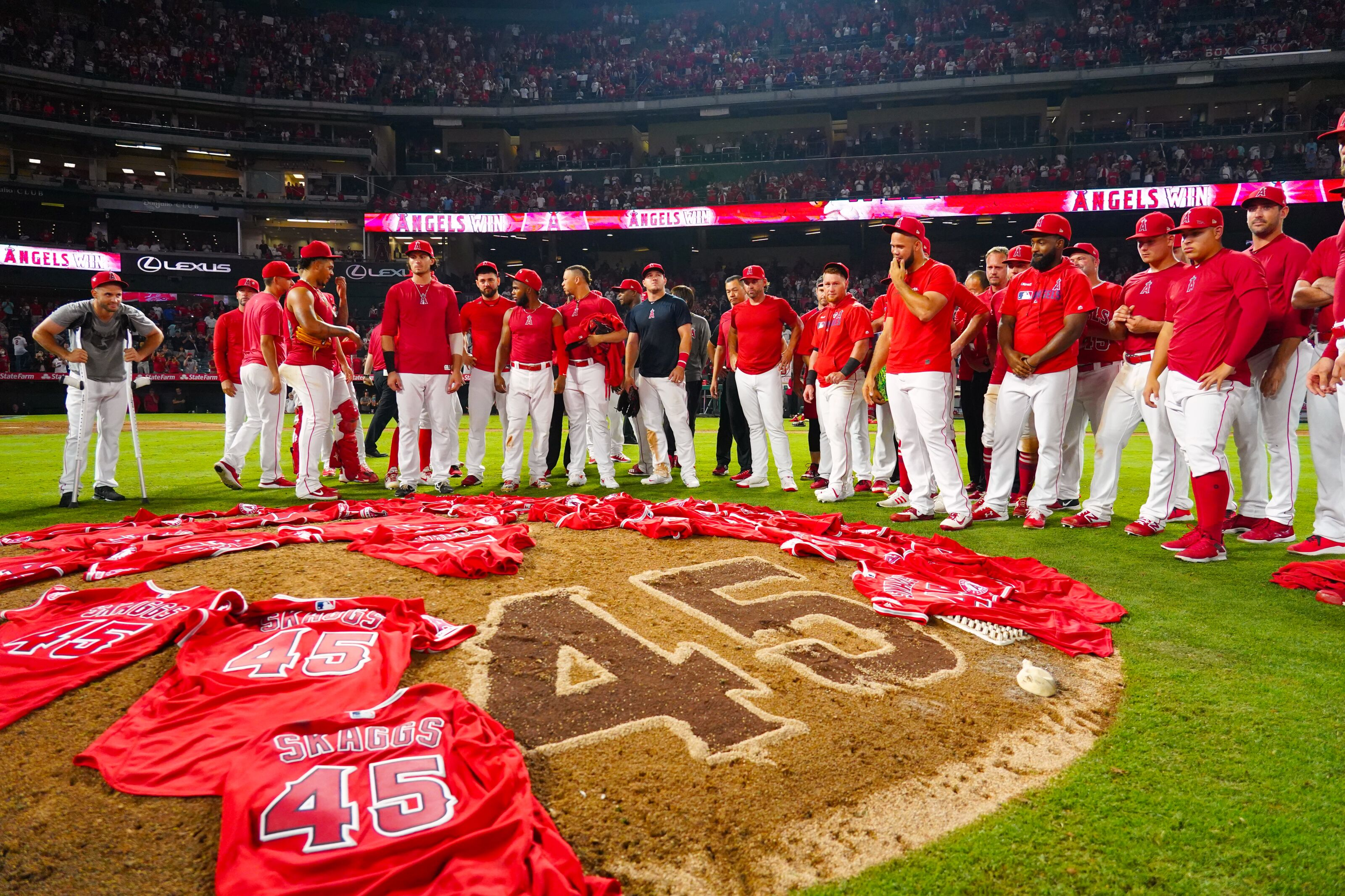 Los Angeles Angels: Three Ways Tyler Skaggs Touched No-Hitter