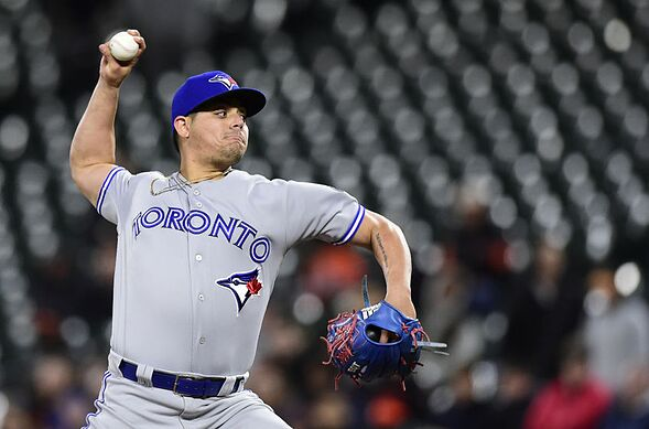 classic fit 5a3ac 67cdf Astros: Roberto Osuna acquired in closer swap with Blue Jays