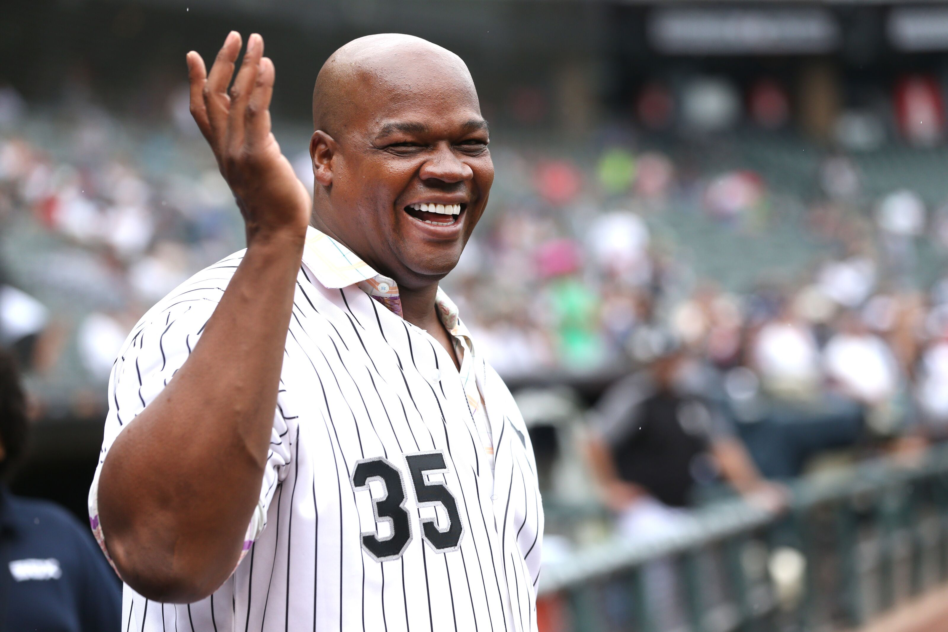 Chicago White Sox star Frank Thomas reminds all of his greatness