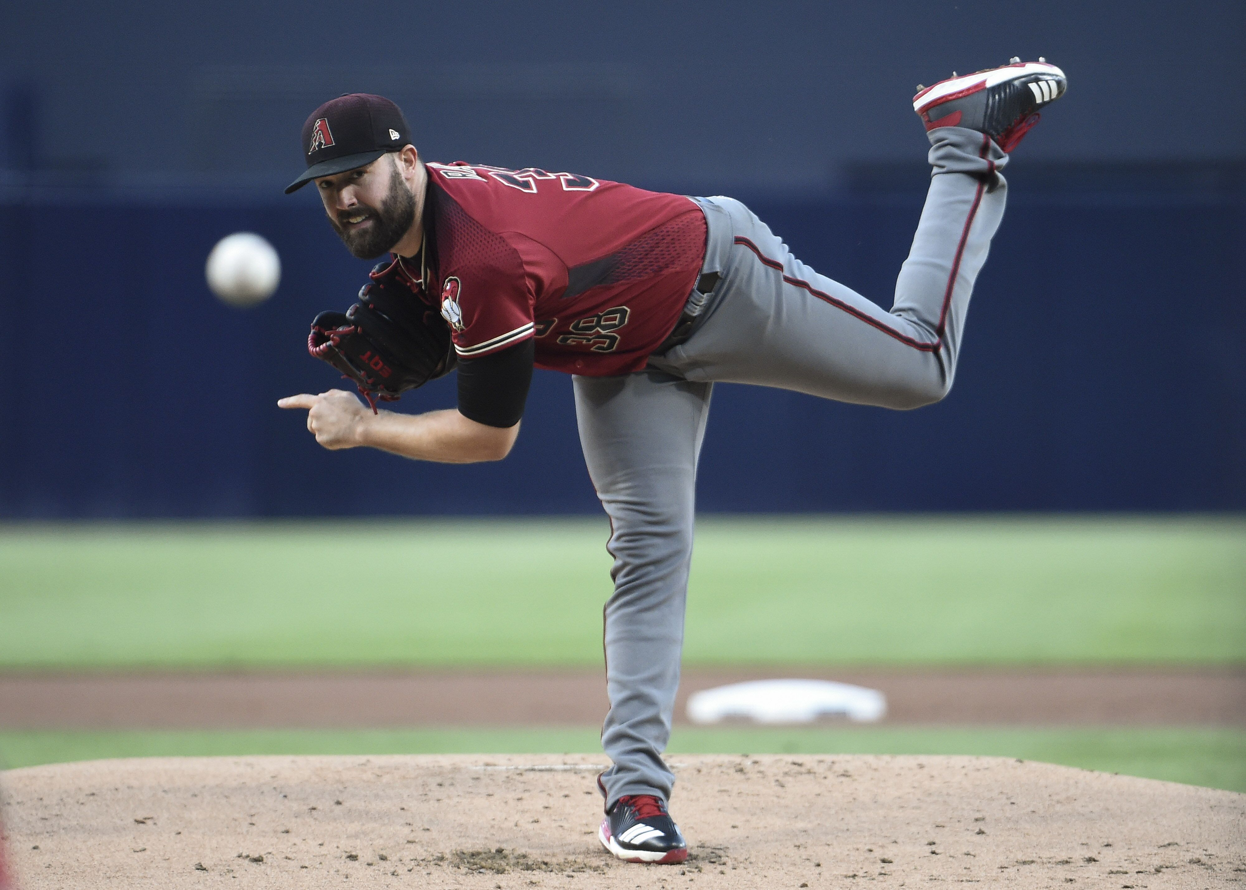 850353996-arizona-diamondbacks-v-san-diego-padres.jpg