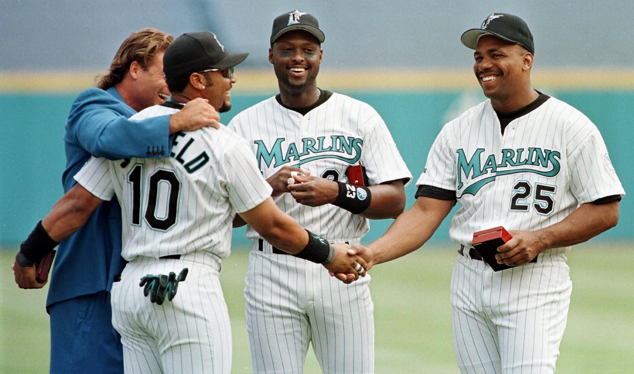 51640242-florida-marlins-1997-world-series-players-from-le.jpg