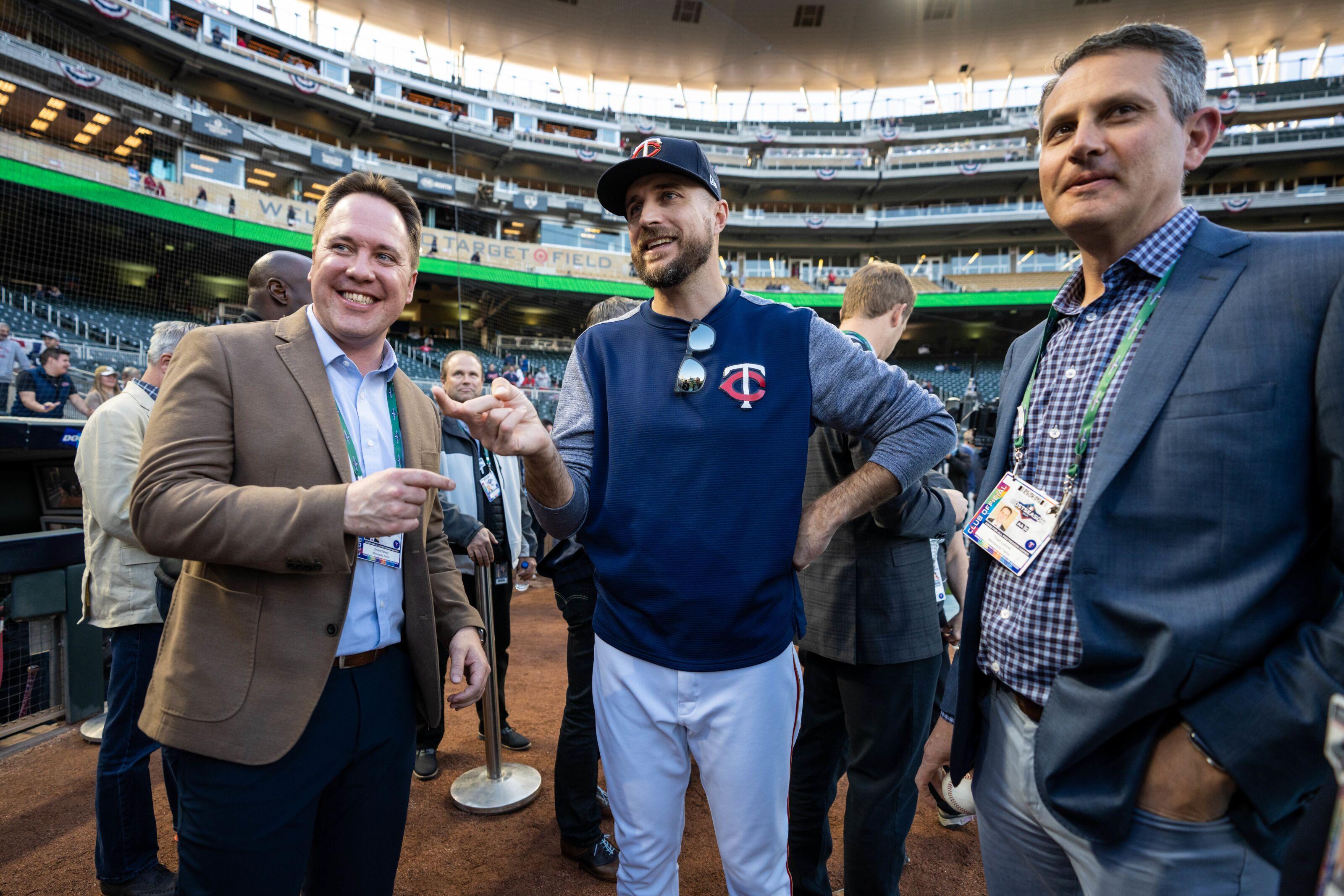 Minnesota Twins no long AL Central kings; Keuchel goes to White Sox