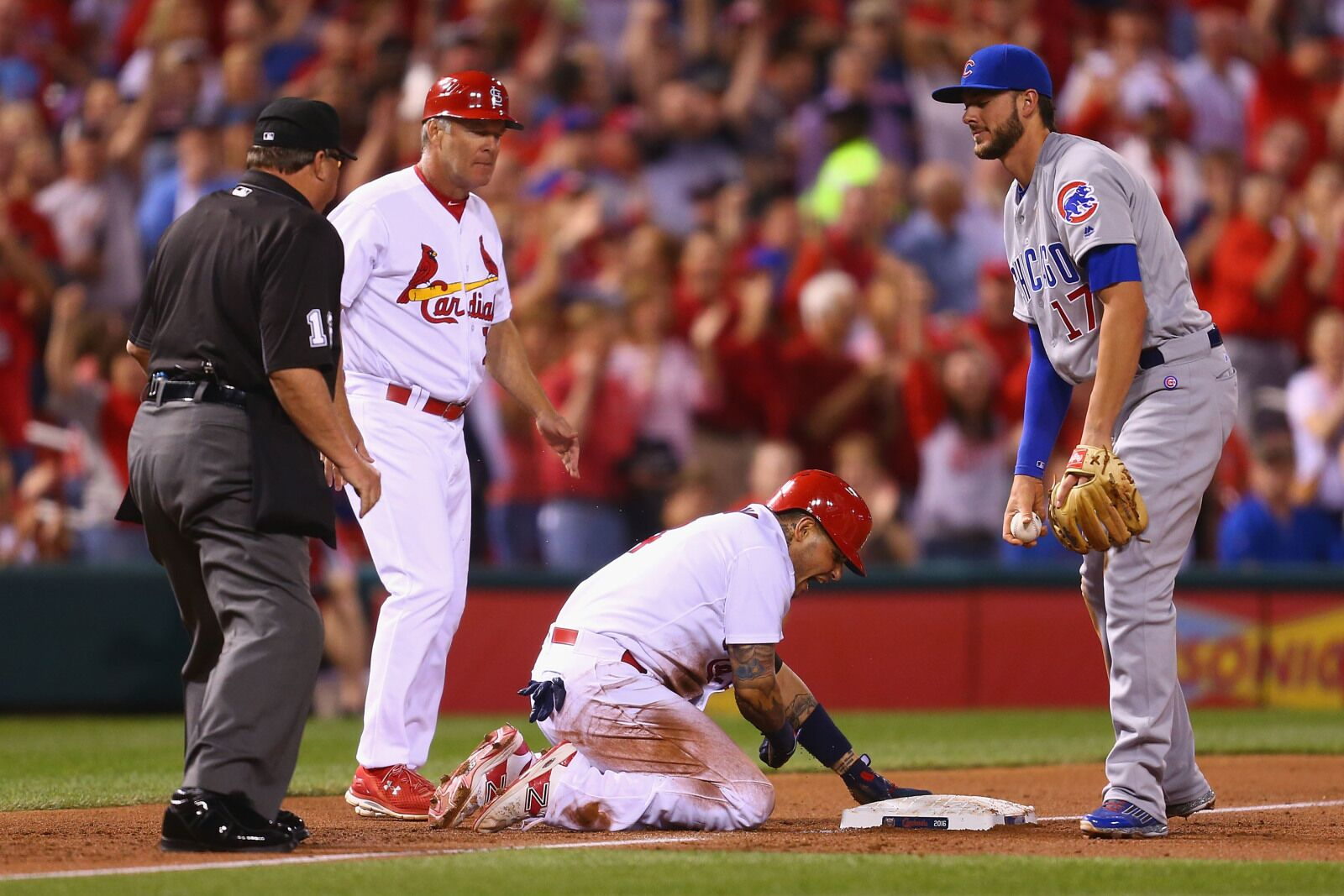 Kris Bryant re-ignites Chicago Cubs, St. Louis Cardinals rivalry