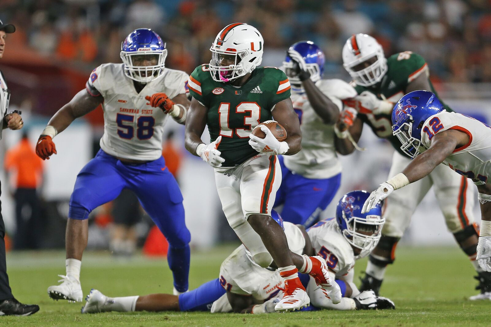 DeeJay Dallas in better shape and likes experience of Miami Hurricanes RBs
