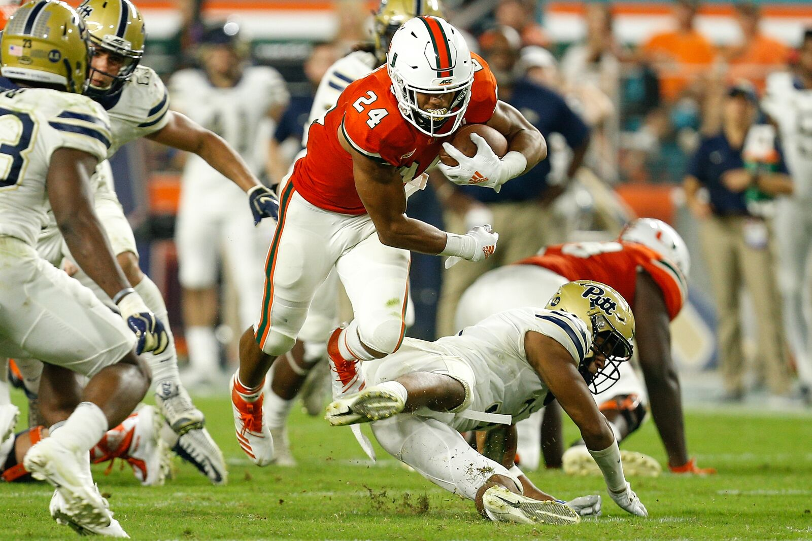 Former Miami Hurricanes RB Travis Homer shines at NFL Combine