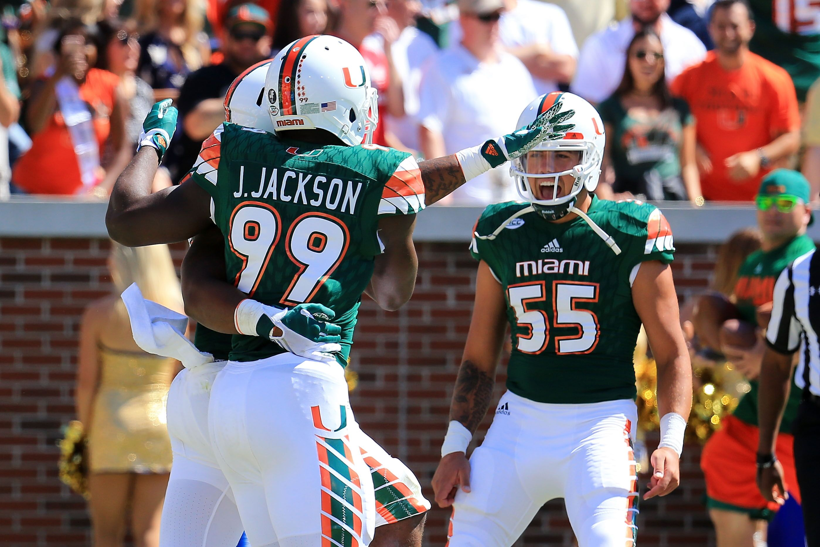 the latest 05a35 76506 Miami Hurricanes DT Gerald Willis Returns to Team