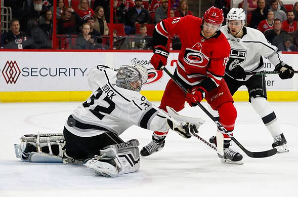 Carolina Hurricanes look to get back to their winning ways against the Kings
