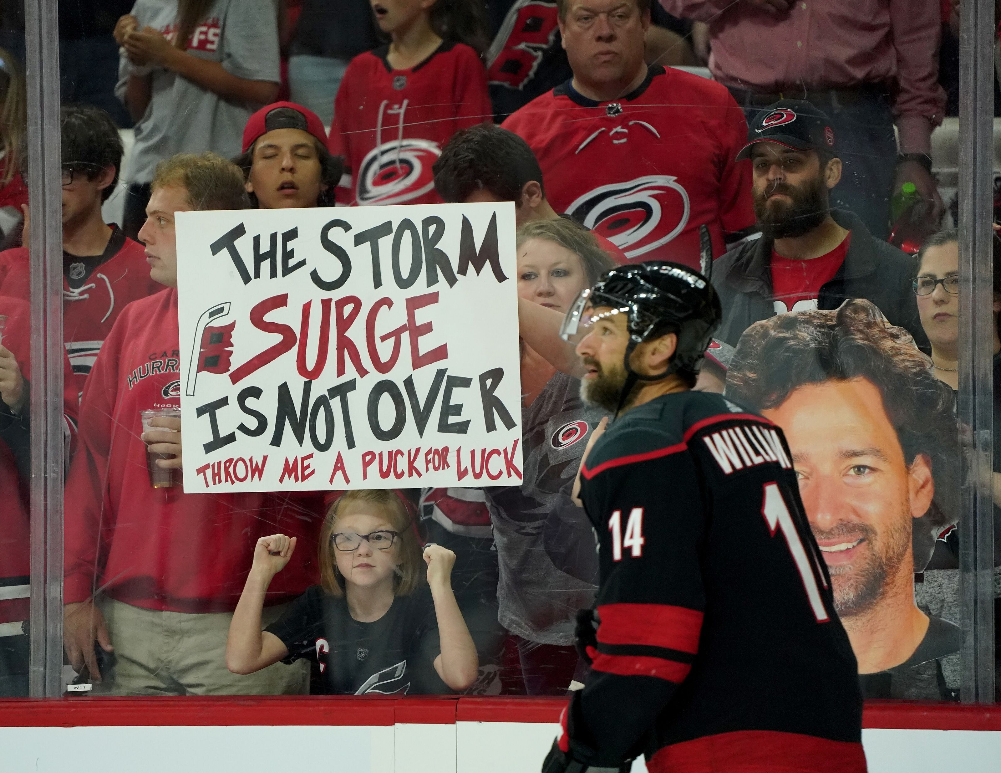 Carolina Hurricanes: Did Justin Williams Re-Sign in Secret?