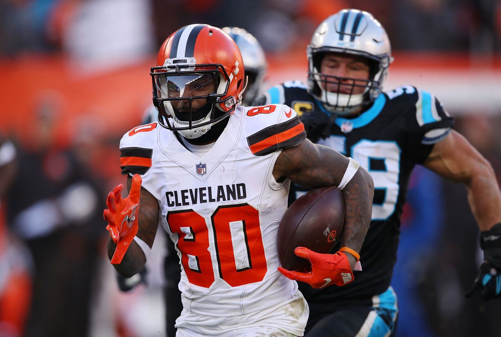 4b298feb Panthers extend losing streak to five, downed by Browns 26-20