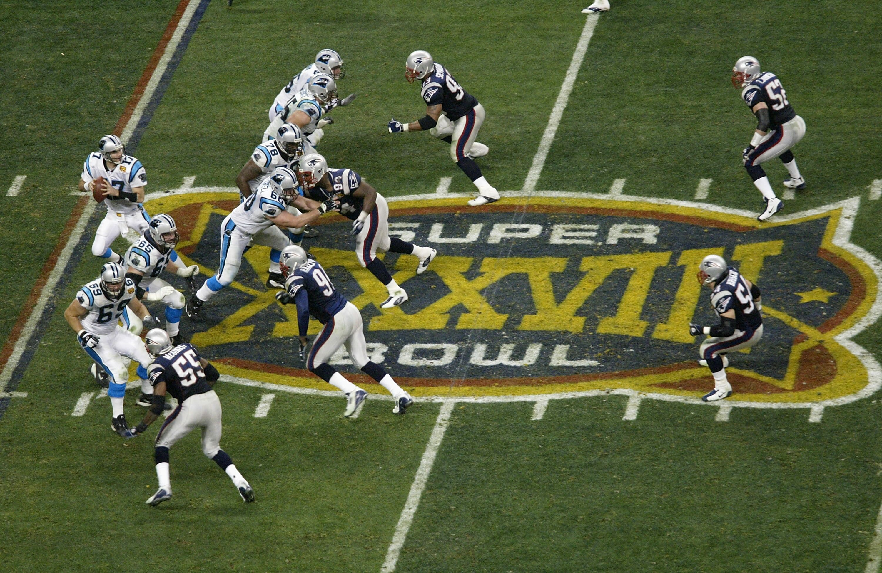 2921126-super-bowl-xxxviii-panthers-v-patriots.jpg