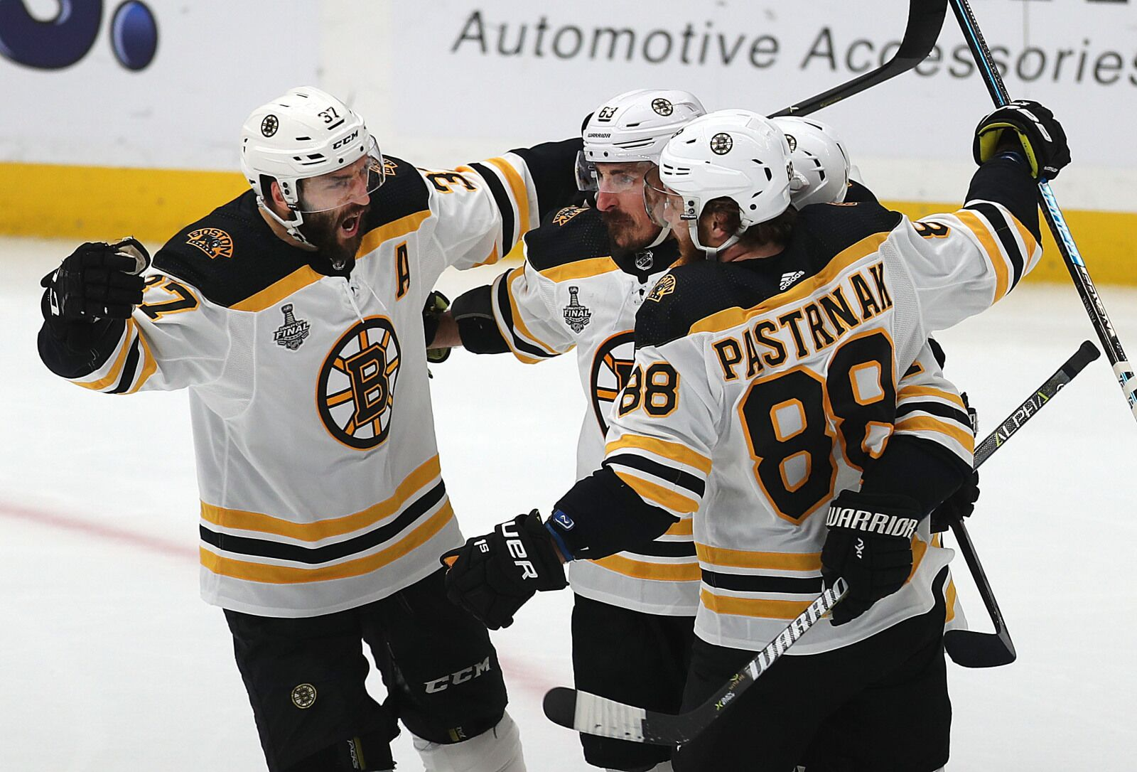 Boston Bruins: Understanding poor production from the 'Perfection Line'